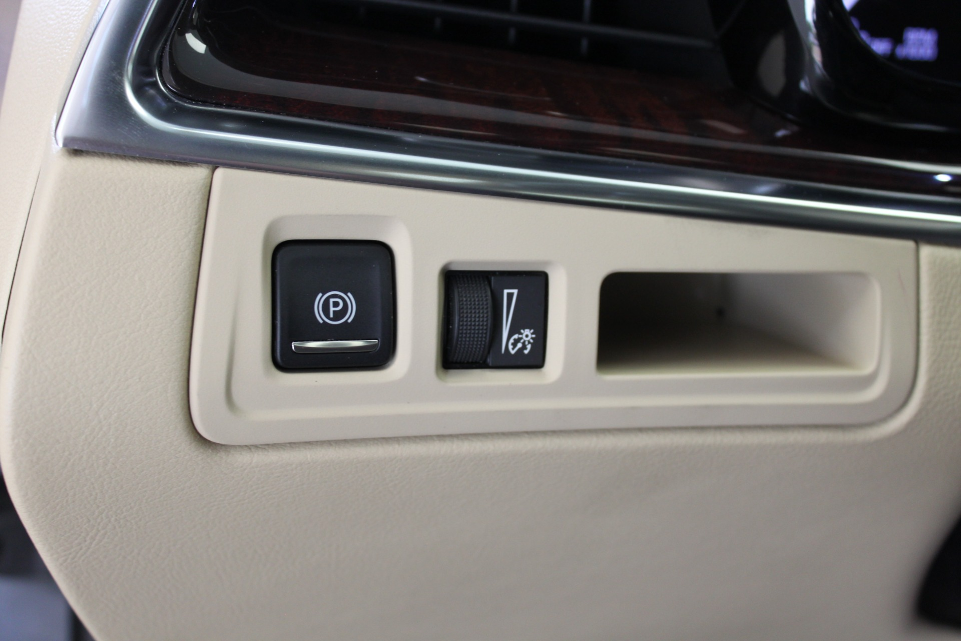 Used-2017-Cadillac-XT5-Luxury-All-Wheel-Drive-Luxury-AWD-Wrangler
