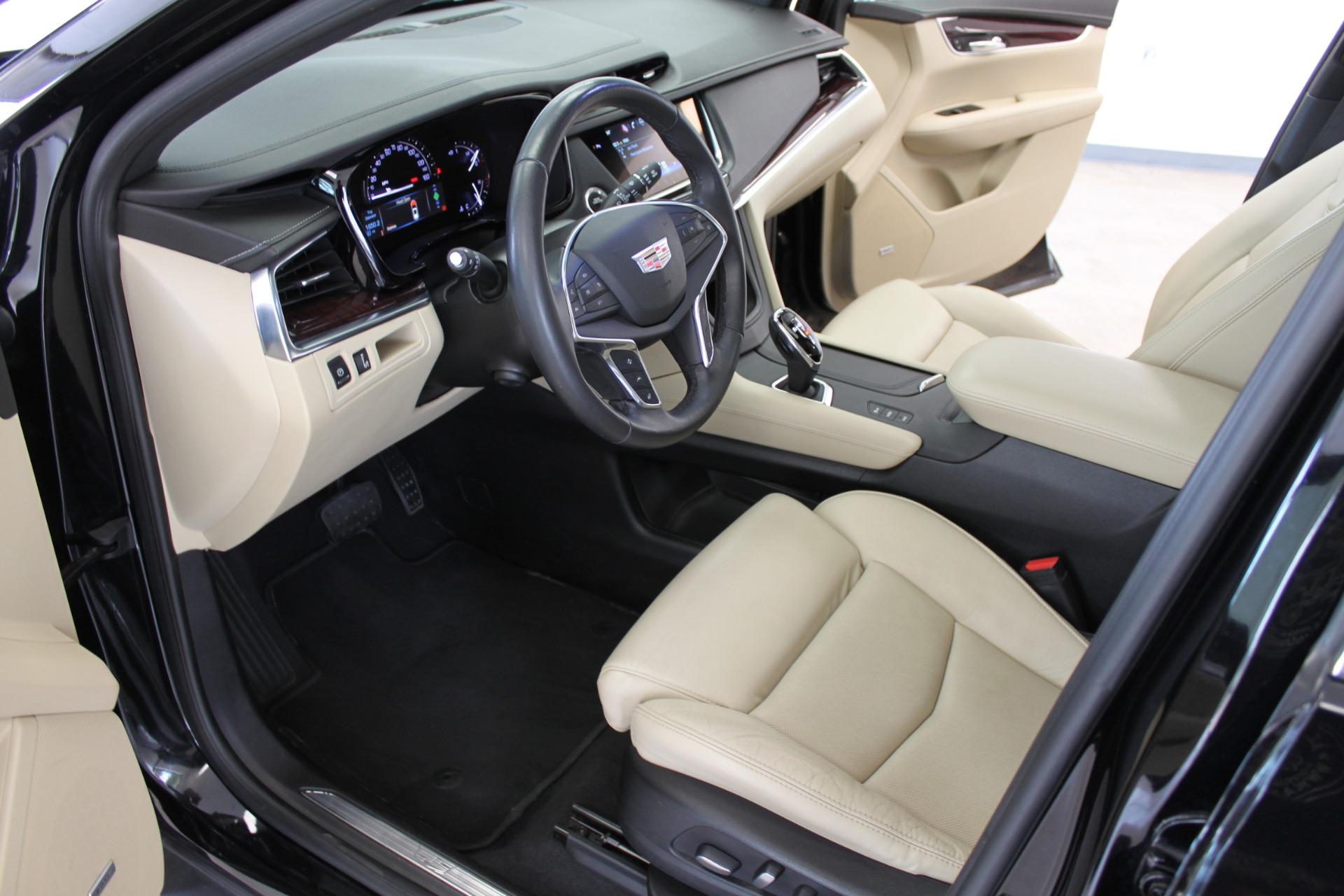Used-2017-Cadillac-XT5-Luxury-All-Wheel-Drive-Luxury-AWD-Collector
