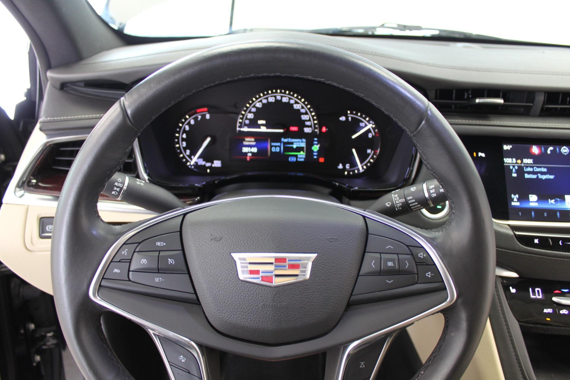 Used-2017-Cadillac-XT5-Luxury-All-Wheel-Drive-Luxury-AWD-vintage