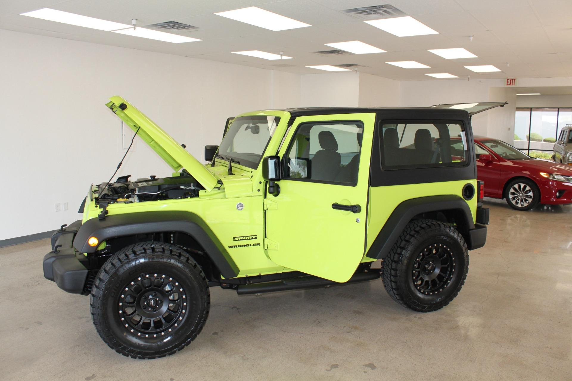 Used-2016-Jeep-Wrangler-Sport-Mini