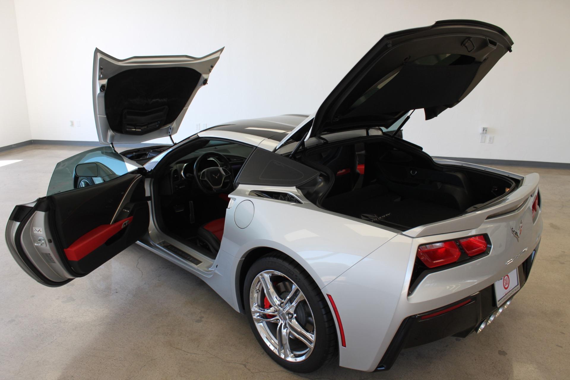 Used-2016-Chevrolet-Corvette-2LT-Mini