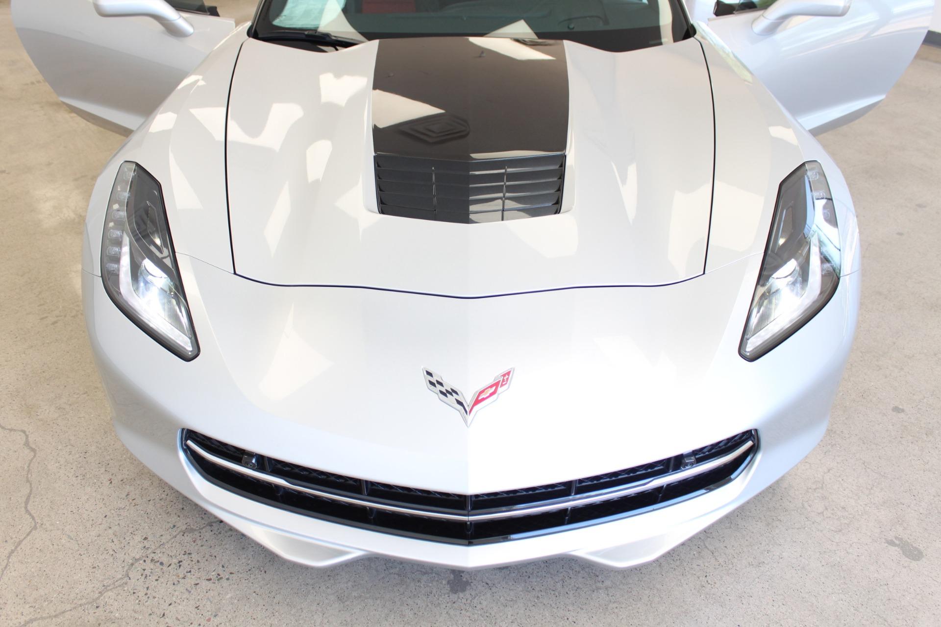 Used-2016-Chevrolet-Corvette-2LT-XJ