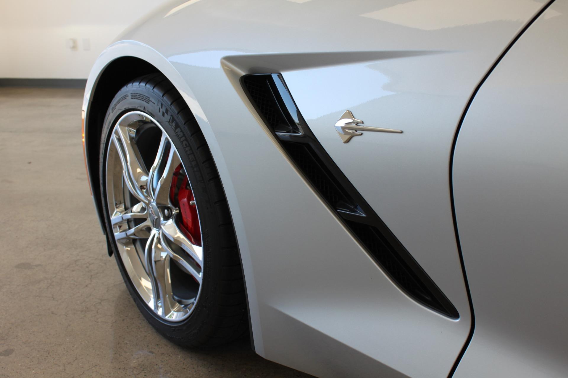 Used-2016-Chevrolet-Corvette-2LT-Porsche