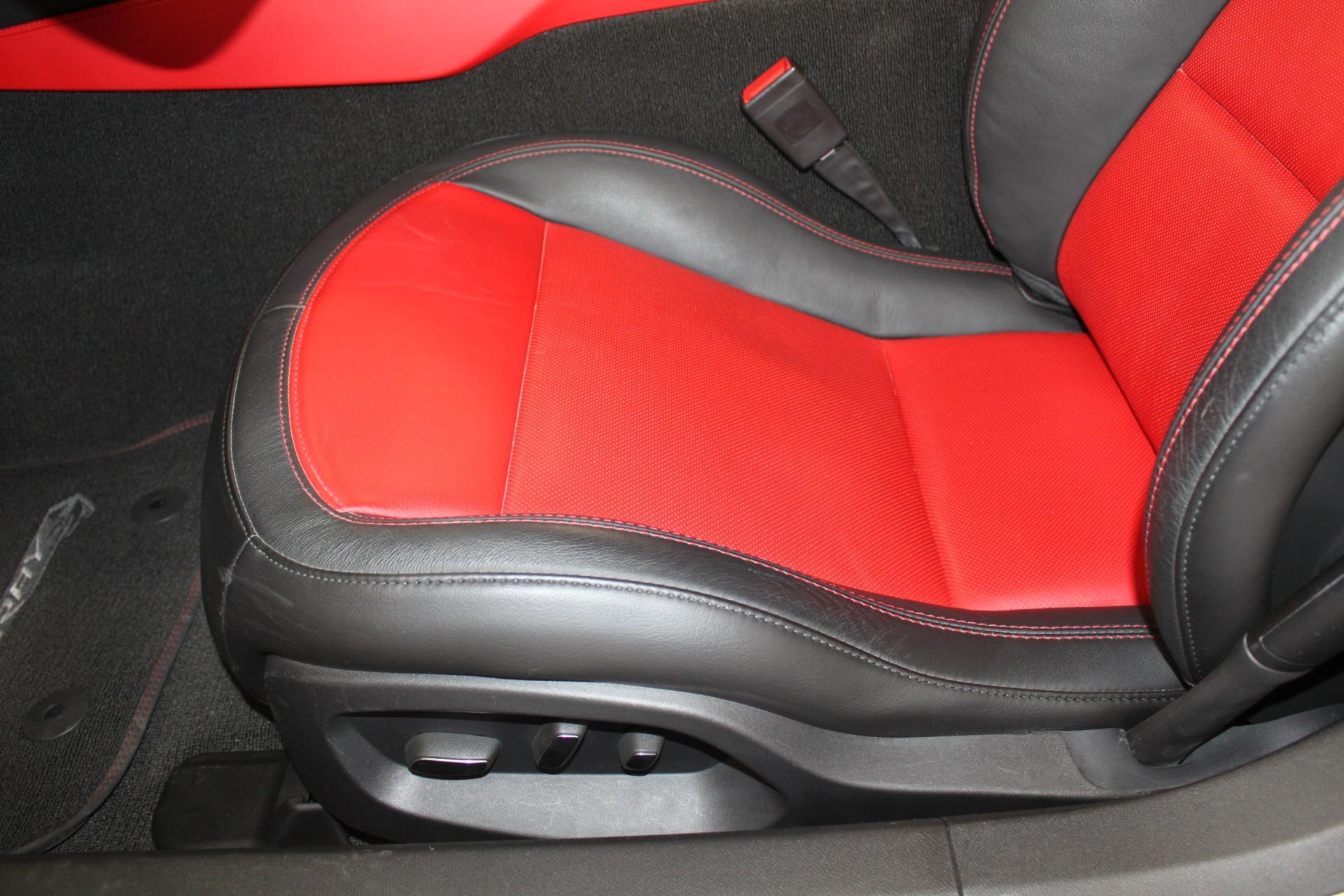 Used-2016-Chevrolet-Corvette-2LT-Chrysler