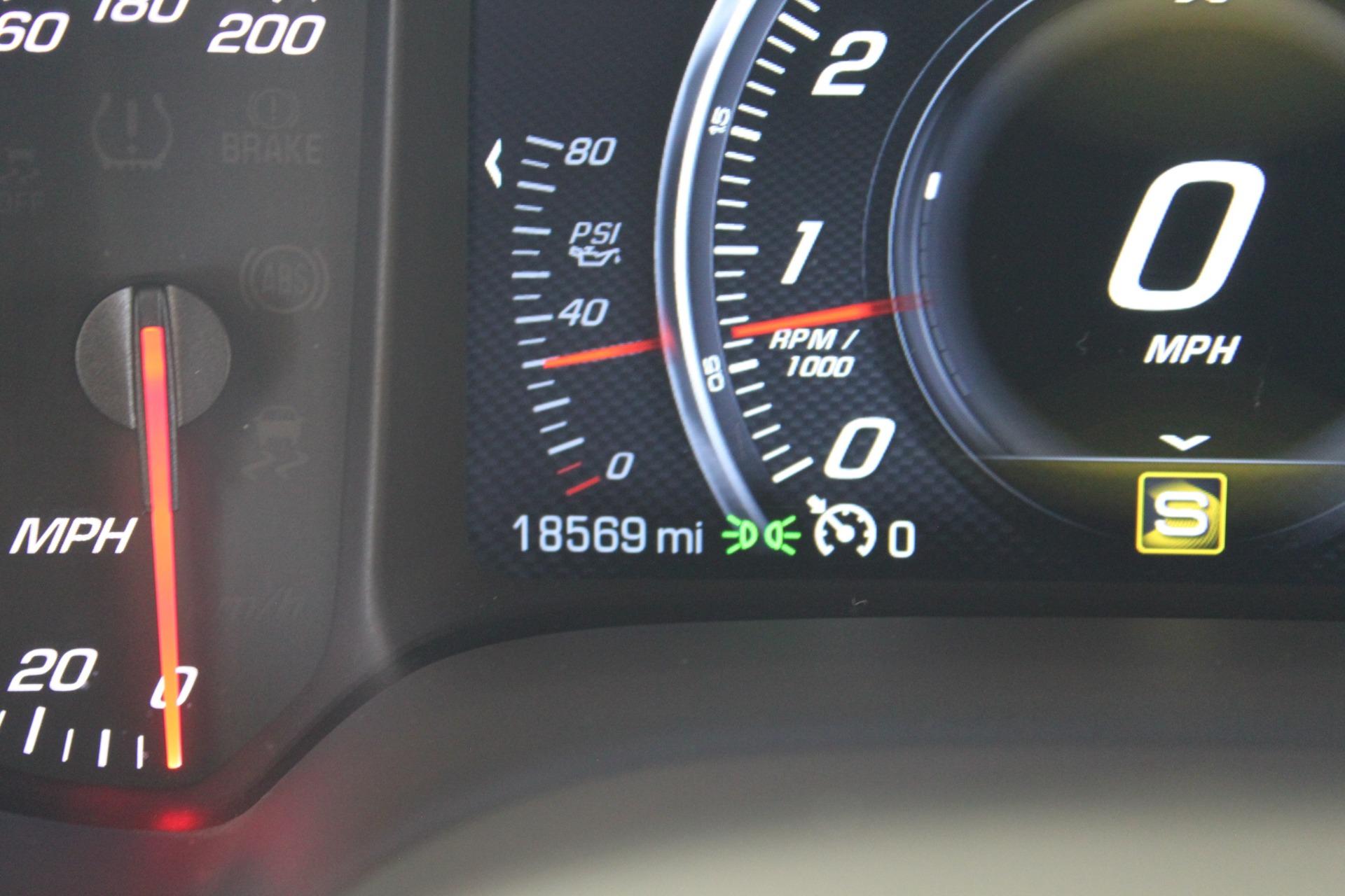 Used-2016-Chevrolet-Corvette-2LT-Lexus