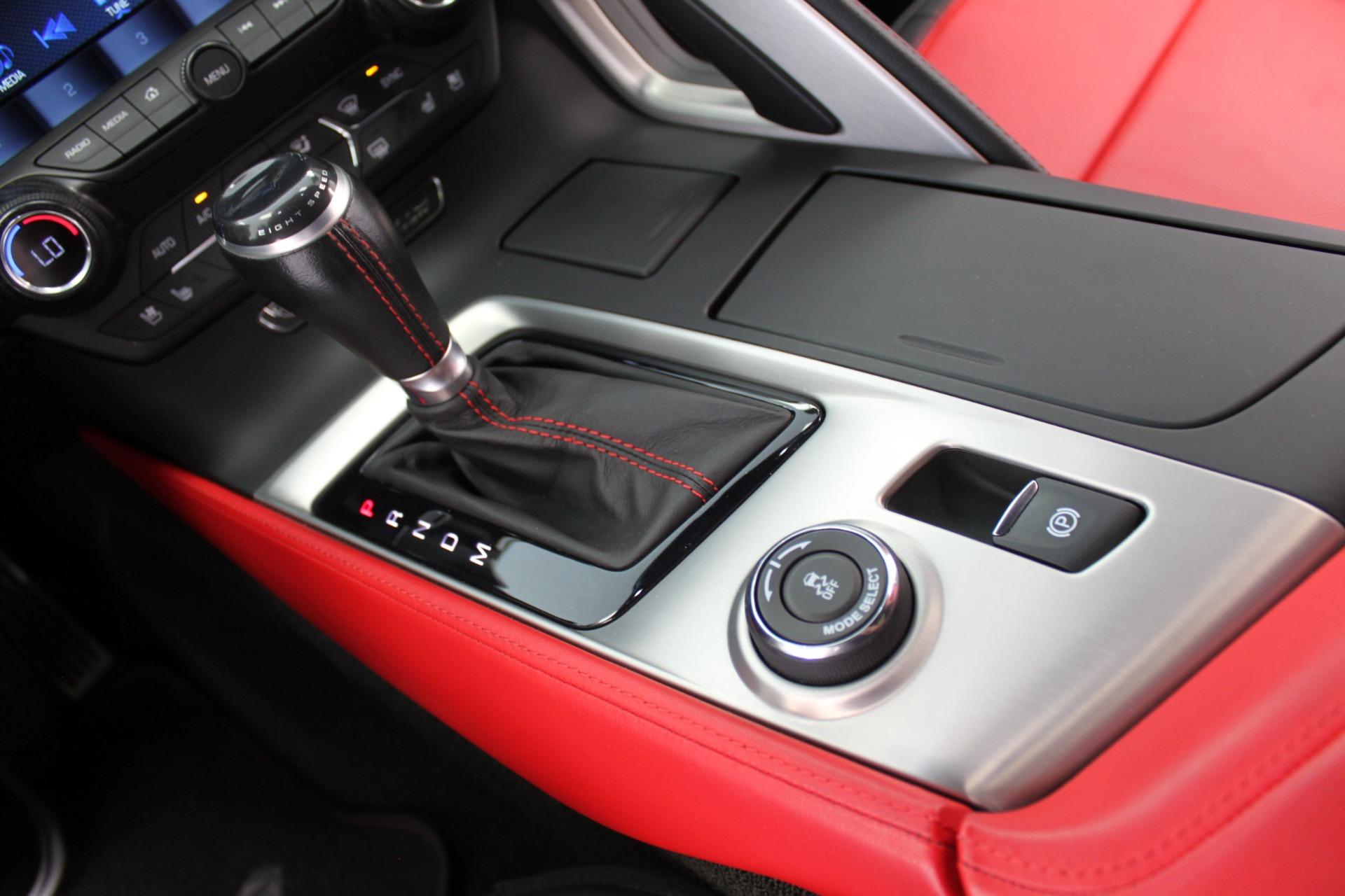 Used-2016-Chevrolet-Corvette-2LT-Fiat