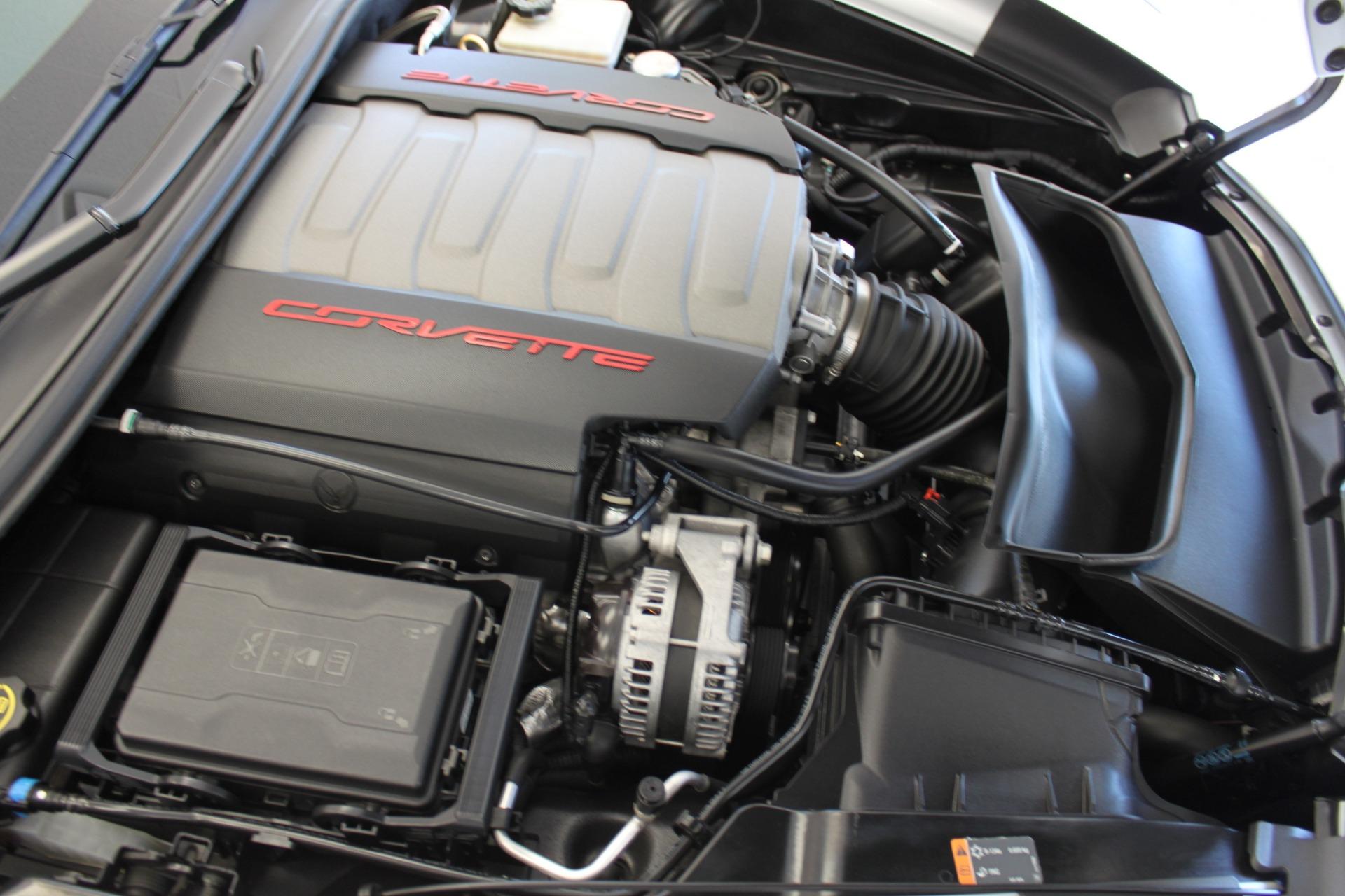 Used-2016-Chevrolet-Corvette-2LT-vintage