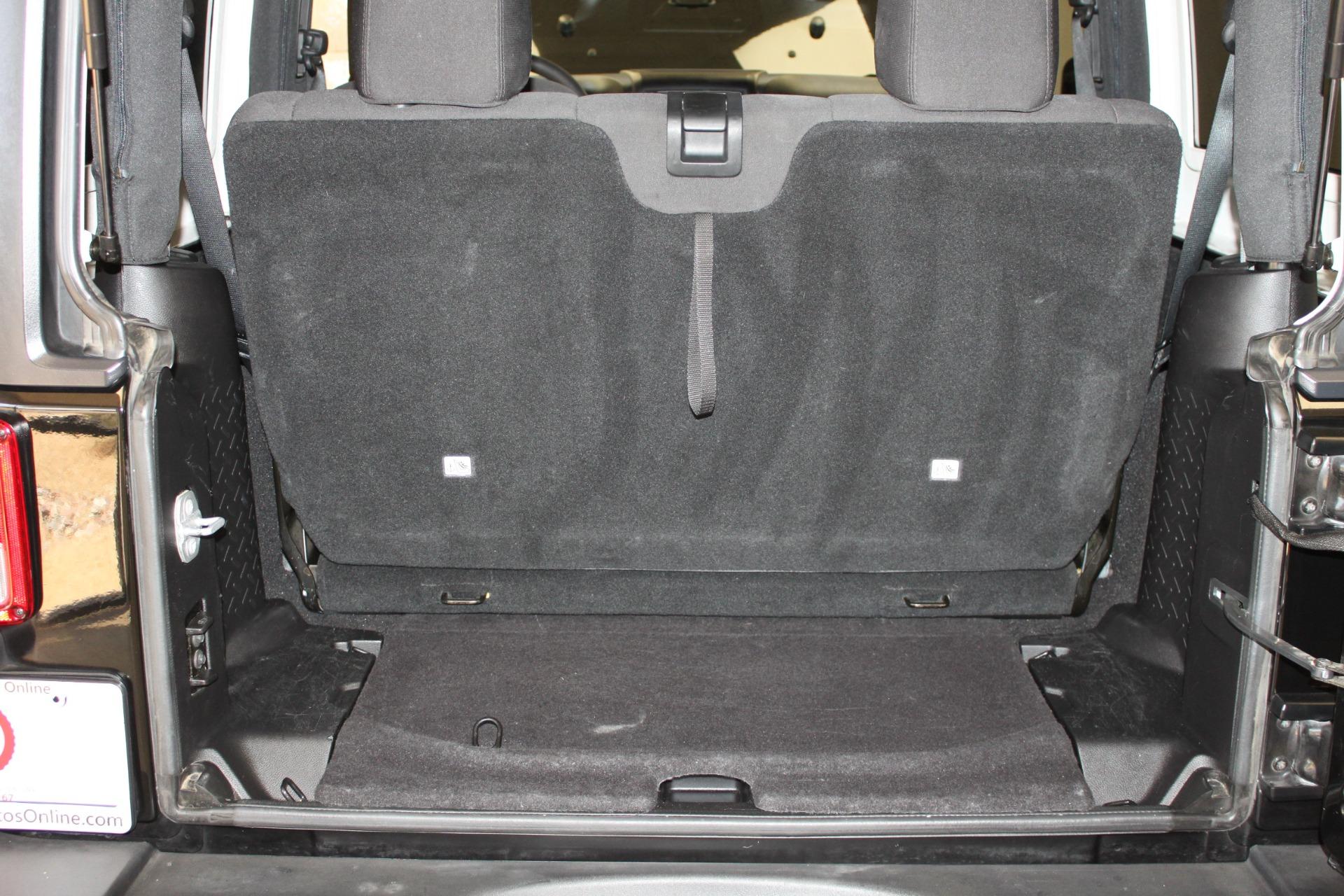 Used-2015-Jeep-Wrangler-Sport-4X4