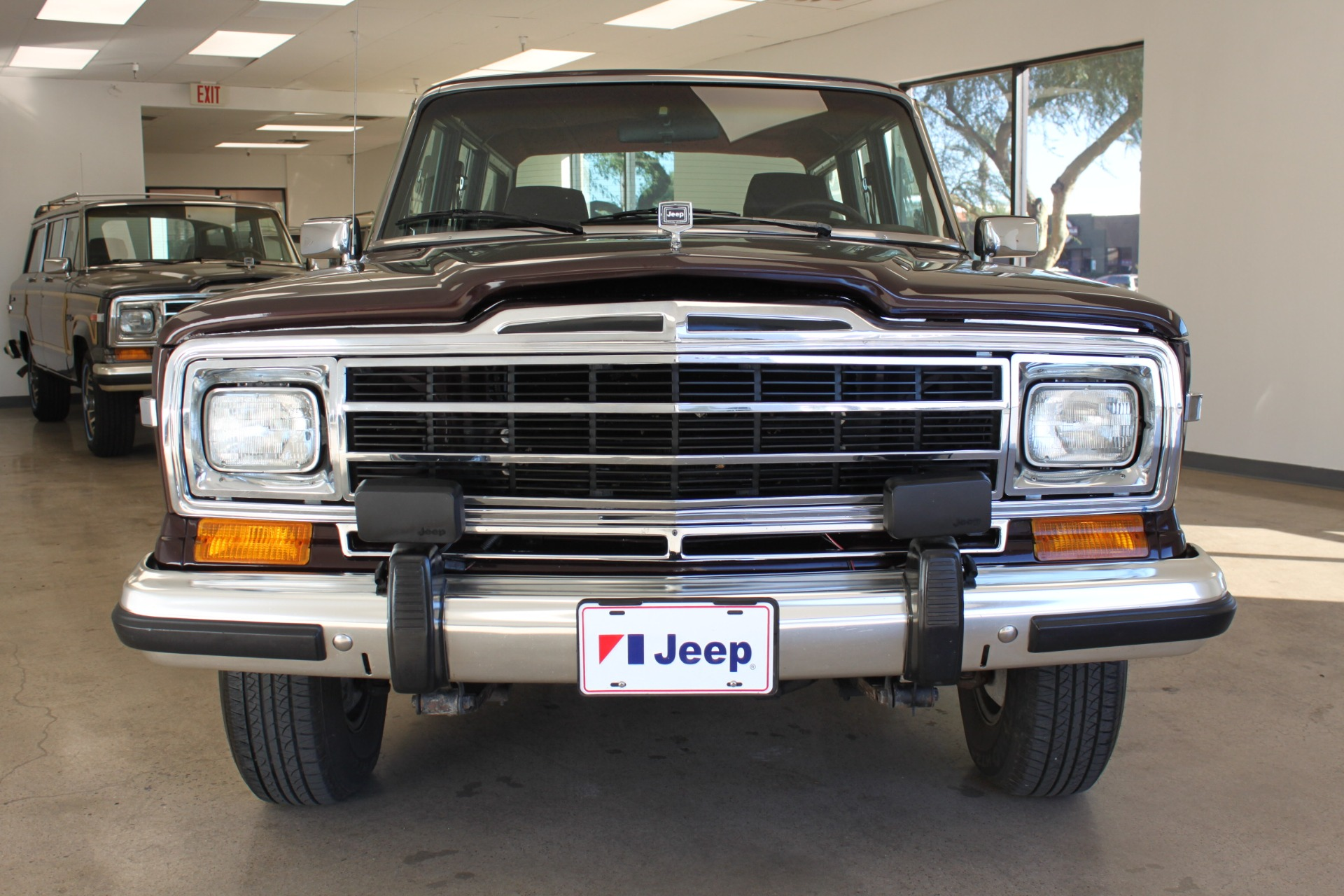 Used-1989-Jeep-Grand-Wagoneer-Limited-4X4-Wrangler