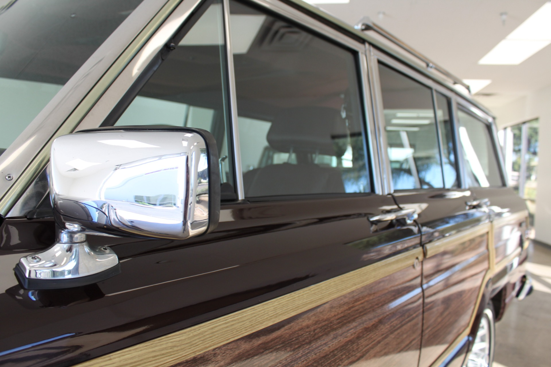 Used-1989-Jeep-Grand-Wagoneer-Limited-4X4-New-cars-for-sale-Gurnee