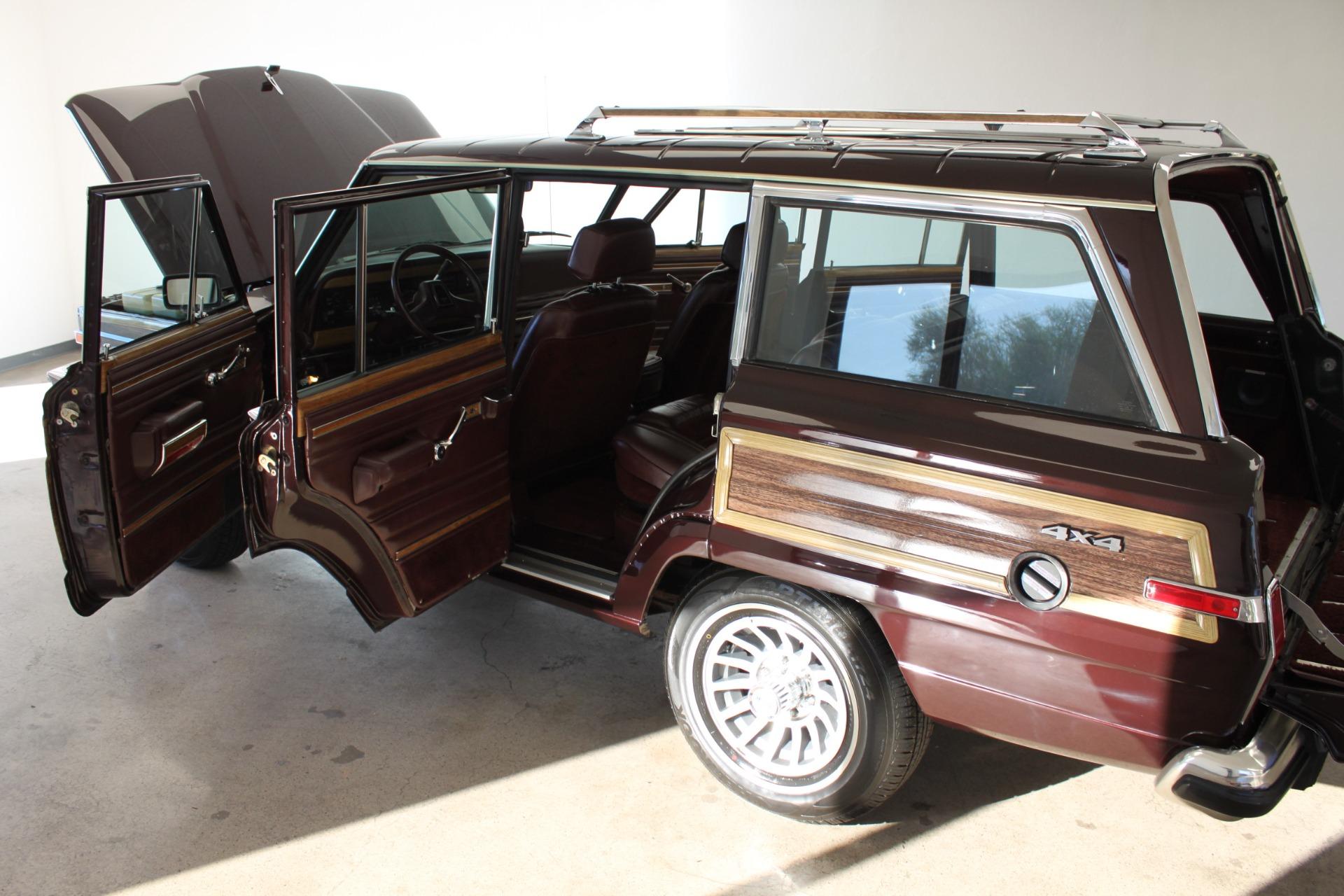 Used-1989-Jeep-Grand-Wagoneer-Limited-4X4