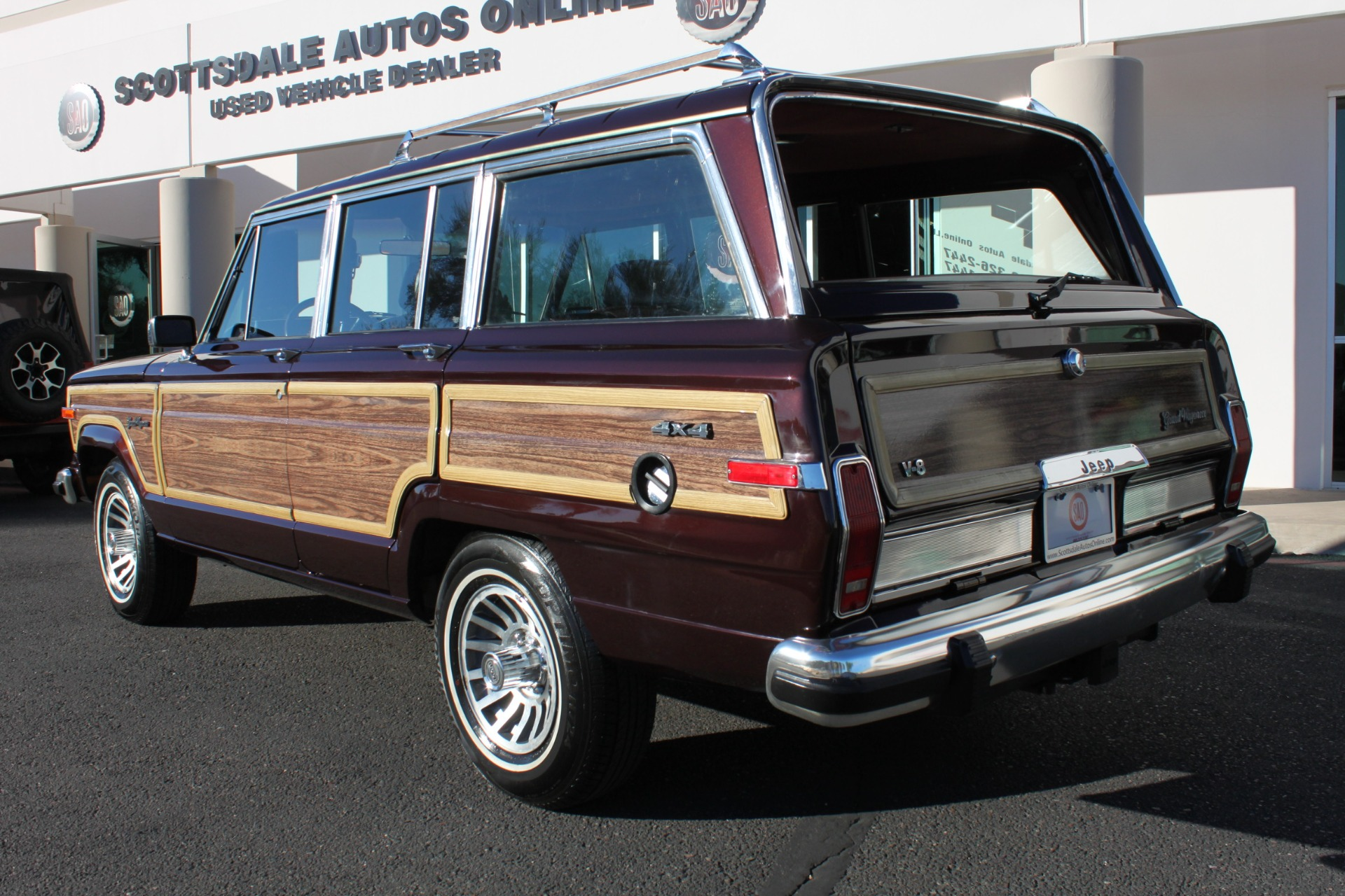 Used-1989-Jeep-Grand-Wagoneer-Limited-4X4-Used-car-deals-Lake-County-IL