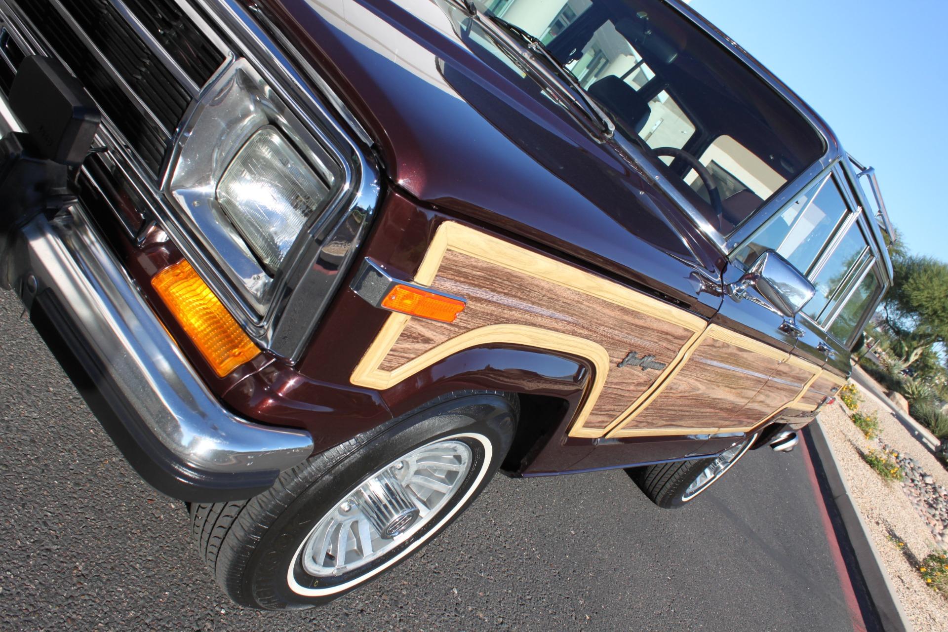 Used-1989-Jeep-Grand-Wagoneer-Limited-4X4-Ferrari-Dealership-Lake-Forest