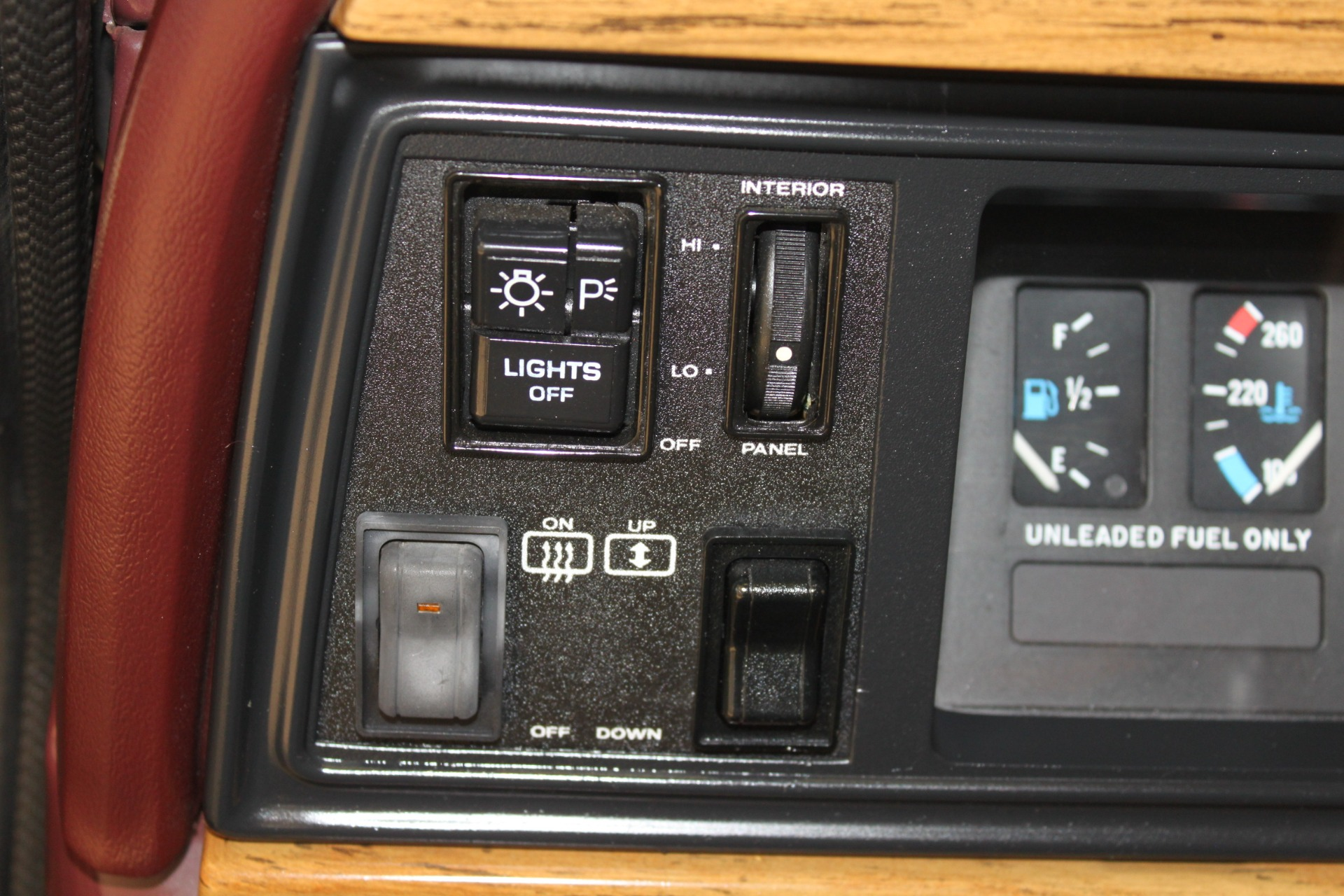 Used-1989-Jeep-Grand-Wagoneer-Limited-4X4-New-BMW-IL