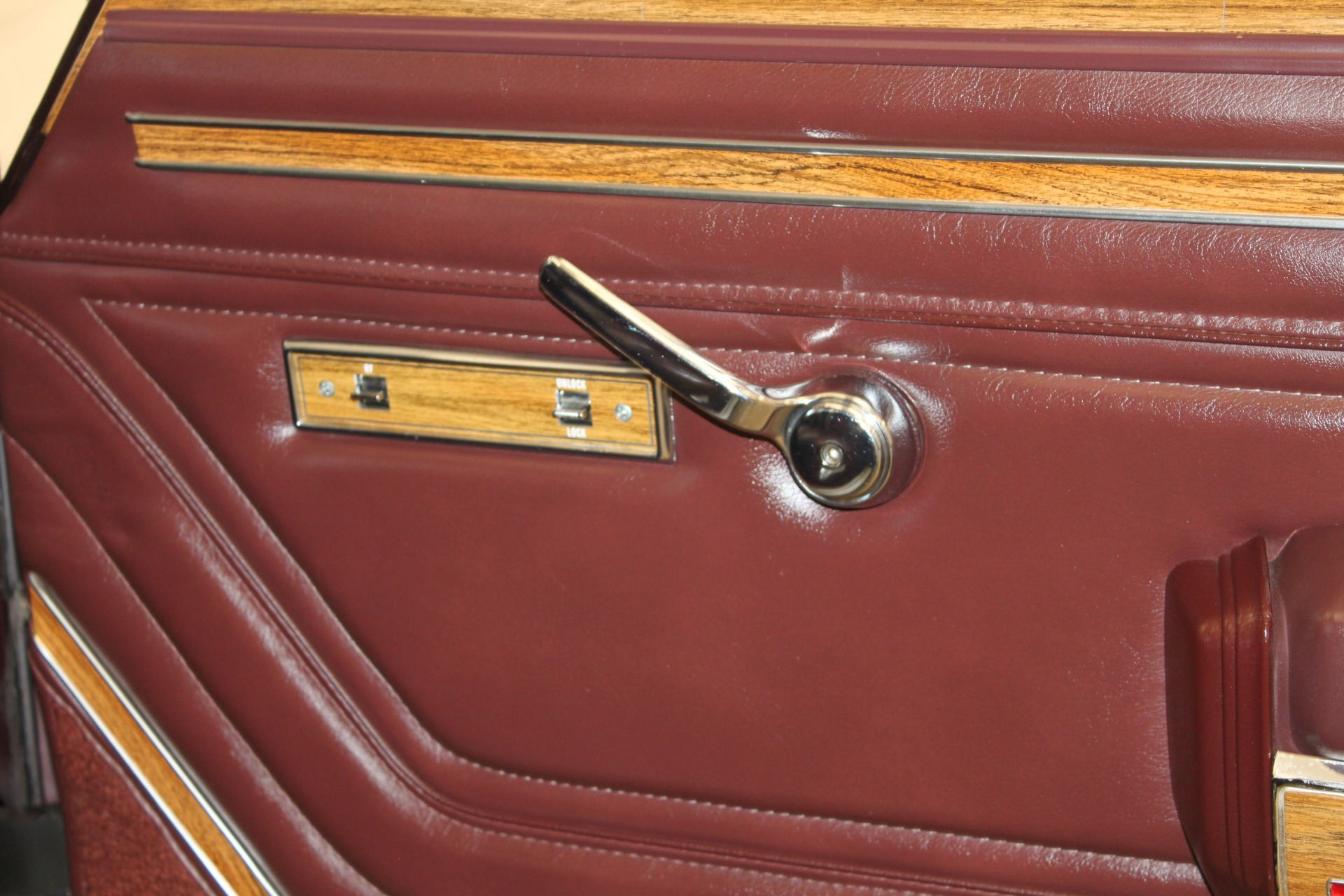 Used-1989-Jeep-Grand-Wagoneer-Limited-4X4-New-Honda-IL