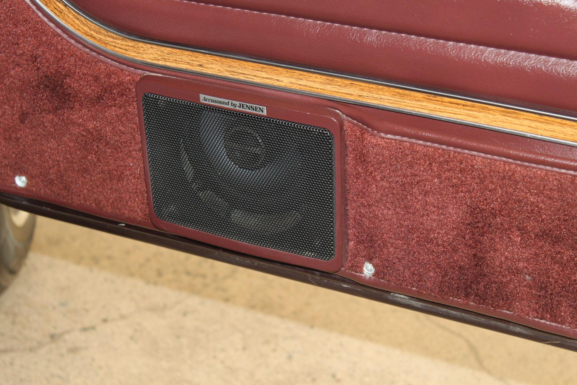Used-1989-Jeep-Grand-Wagoneer-Limited-4X4-New-Car-Specials-IL