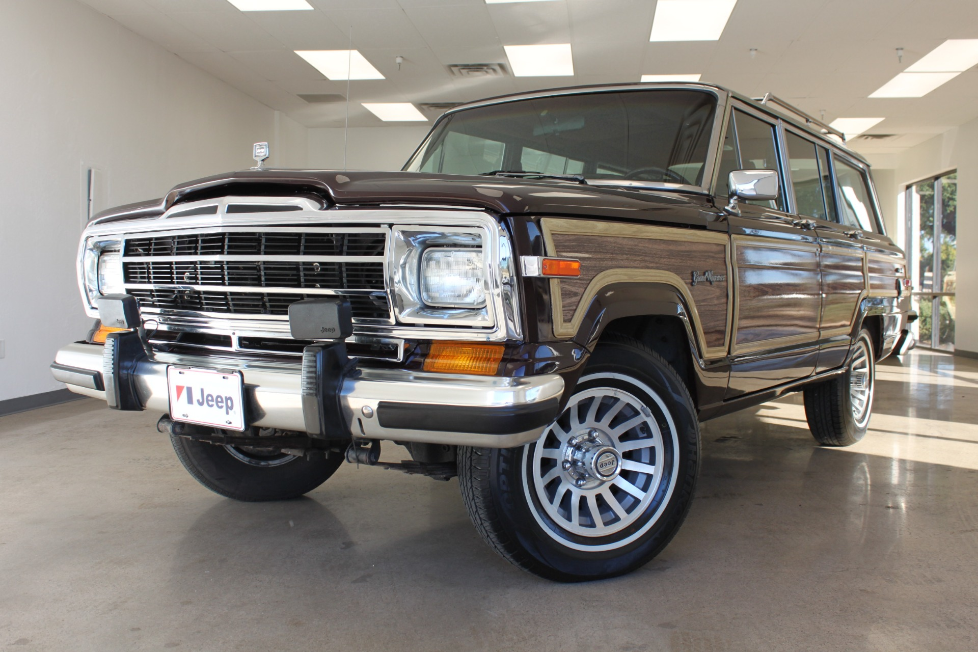 Used 1989 Jeep Grand Wagoneer <span>Limited 4X4</span> | Scottsdale, AZ