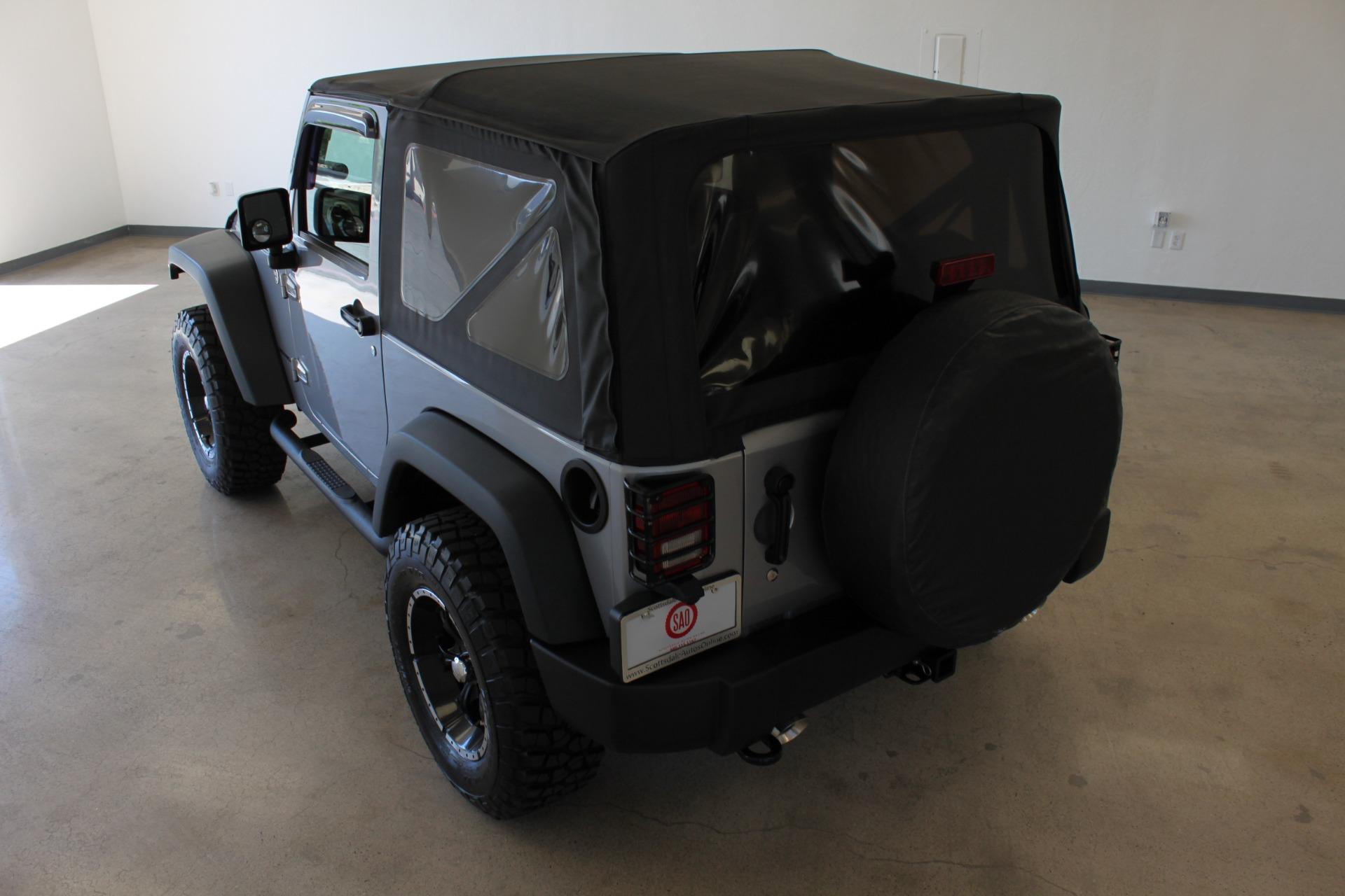 Used-2013-Jeep-Wrangler-Rubicon-4X4