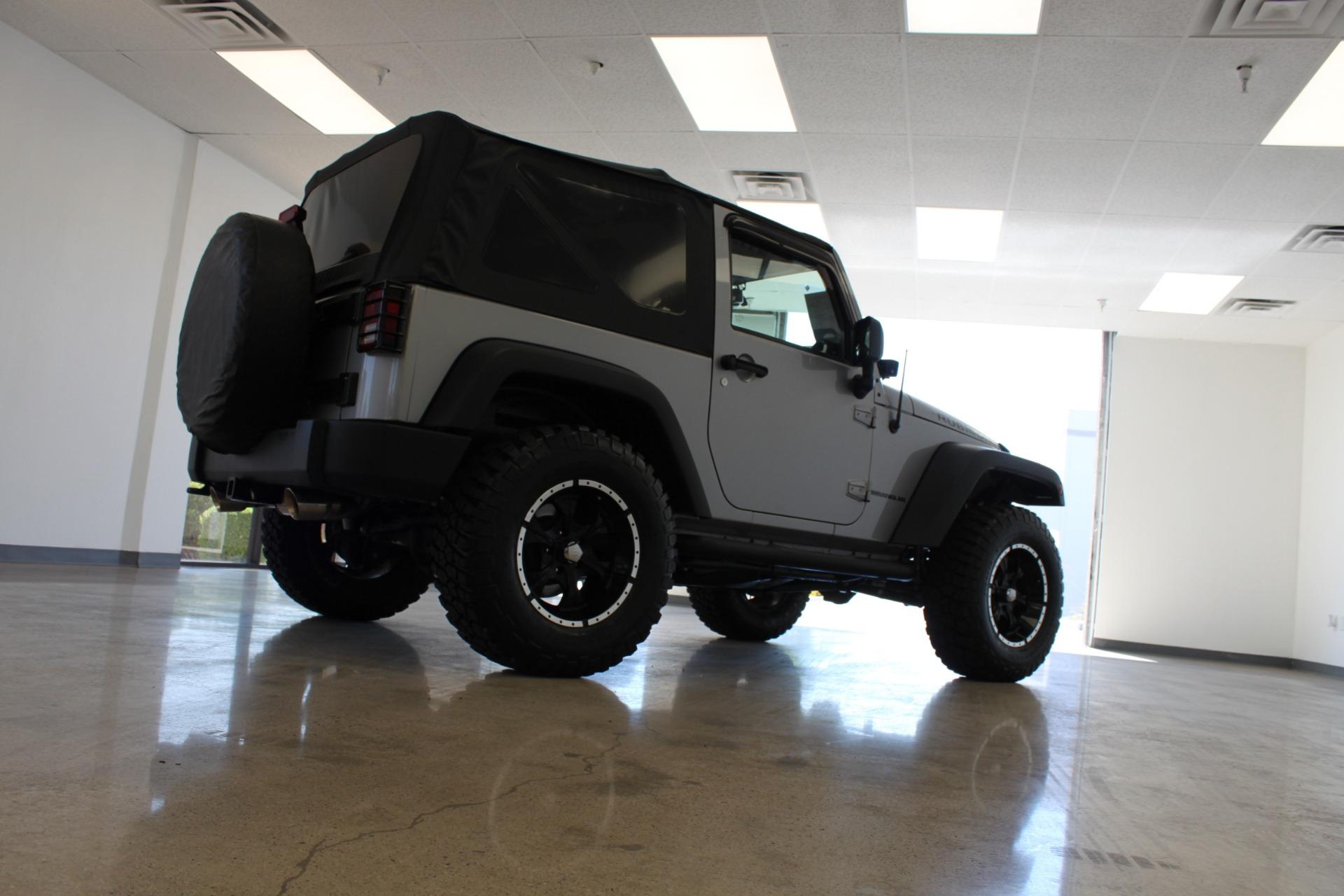 Used-2013-Jeep-Wrangler-Rubicon-Lexus