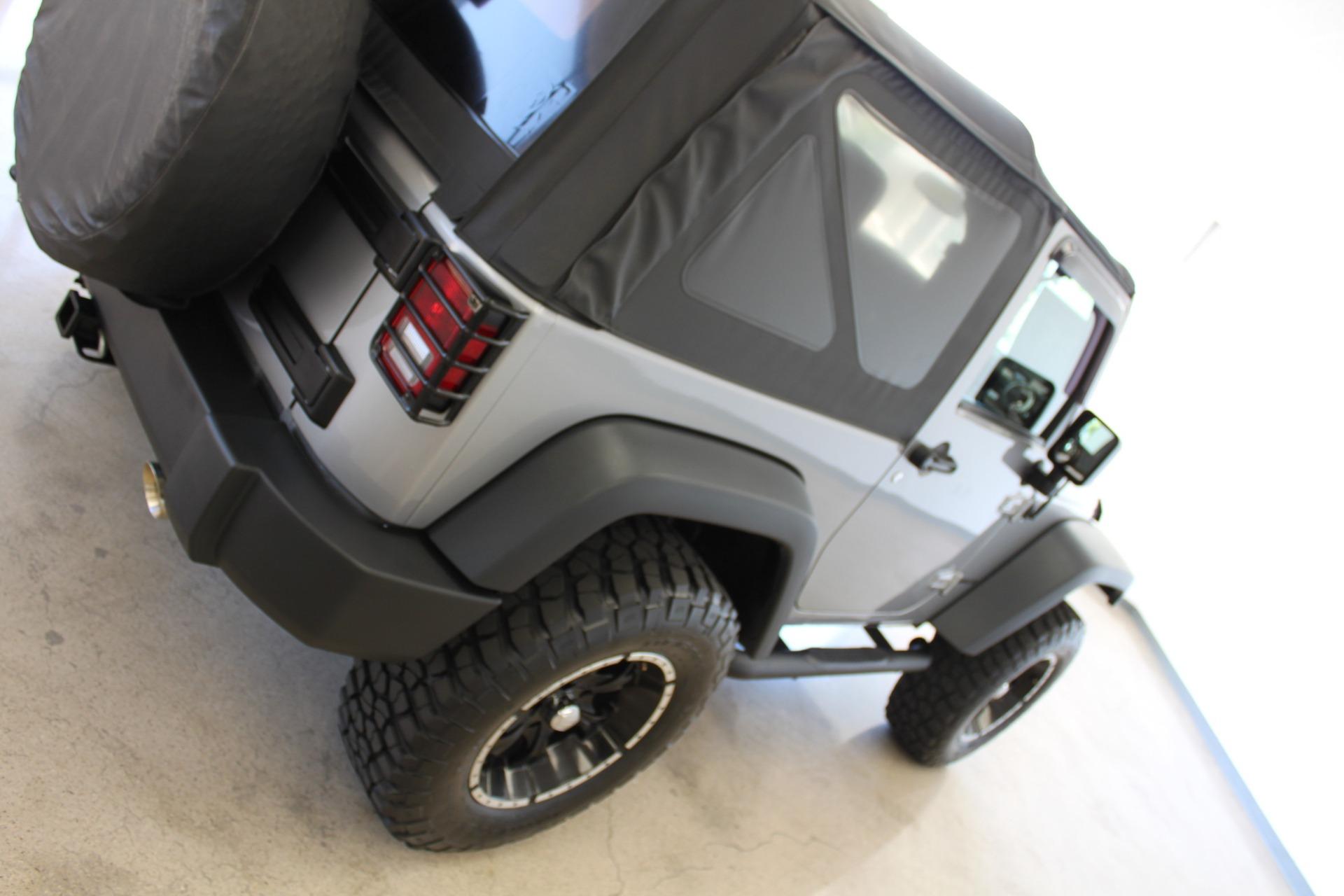 Used-2013-Jeep-Wrangler-Rubicon-Fiat