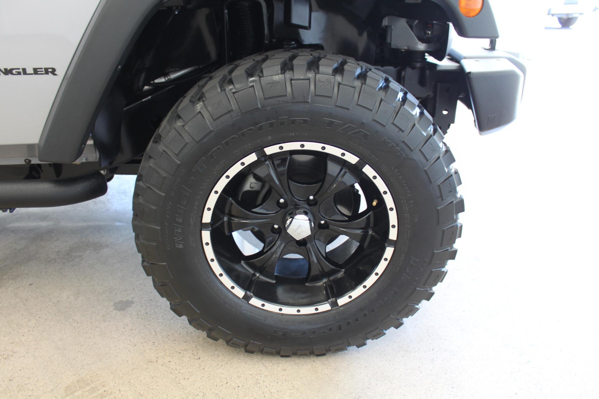 Used-2013-Jeep-Wrangler-Rubicon-Toyota