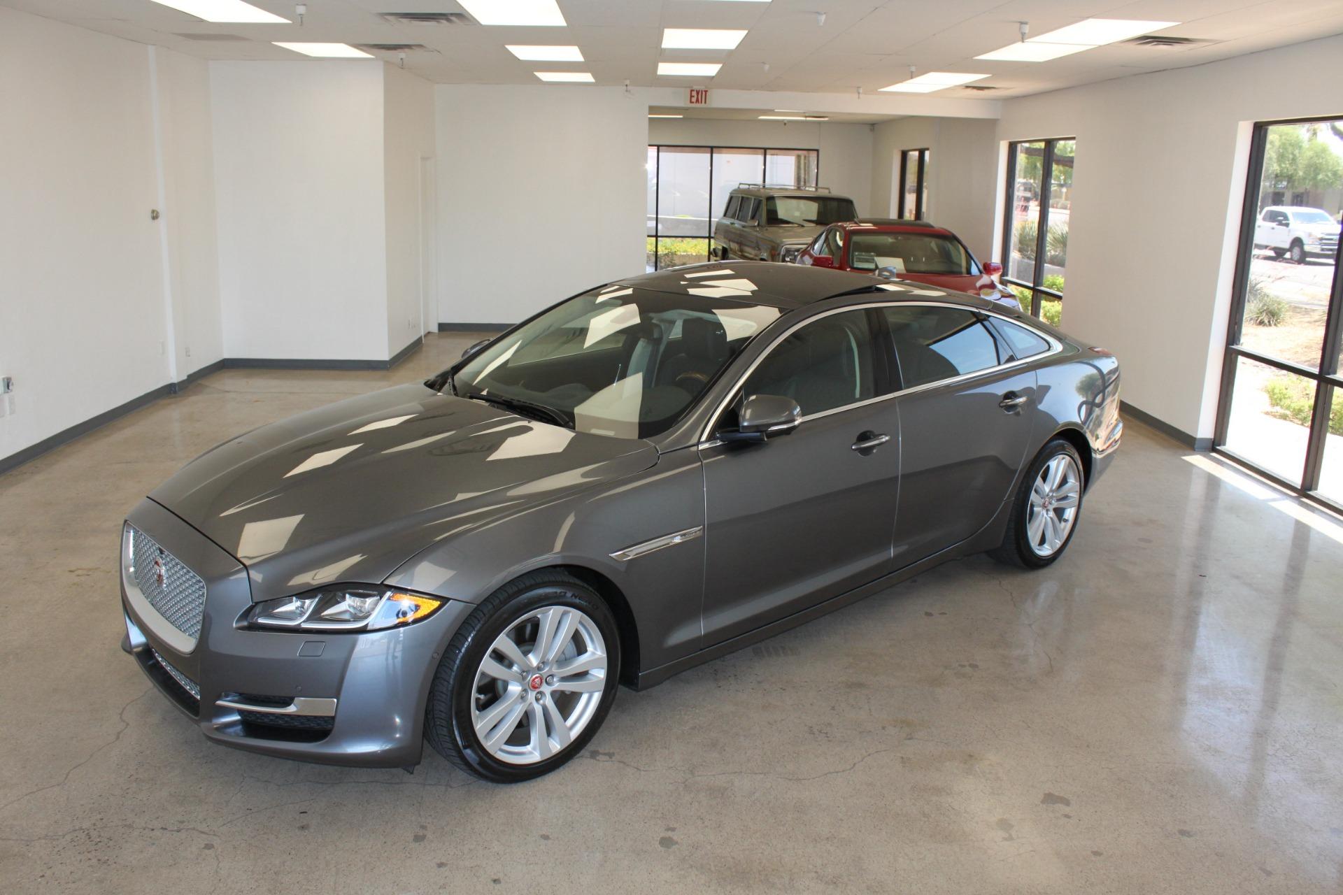 Used-2016-Jaguar-XJ-XJL-Portfolio-Dodge