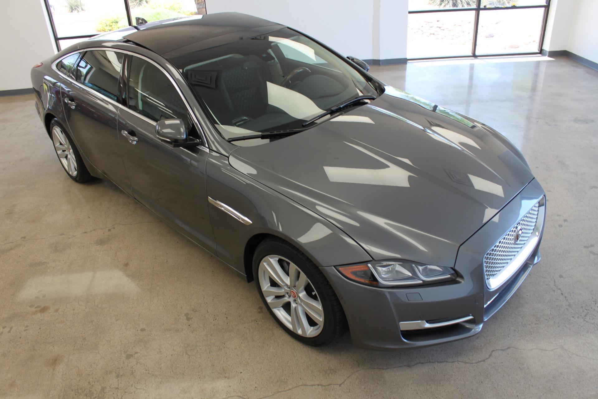 Used-2016-Jaguar-XJ-XJL-Portfolio-Fiat