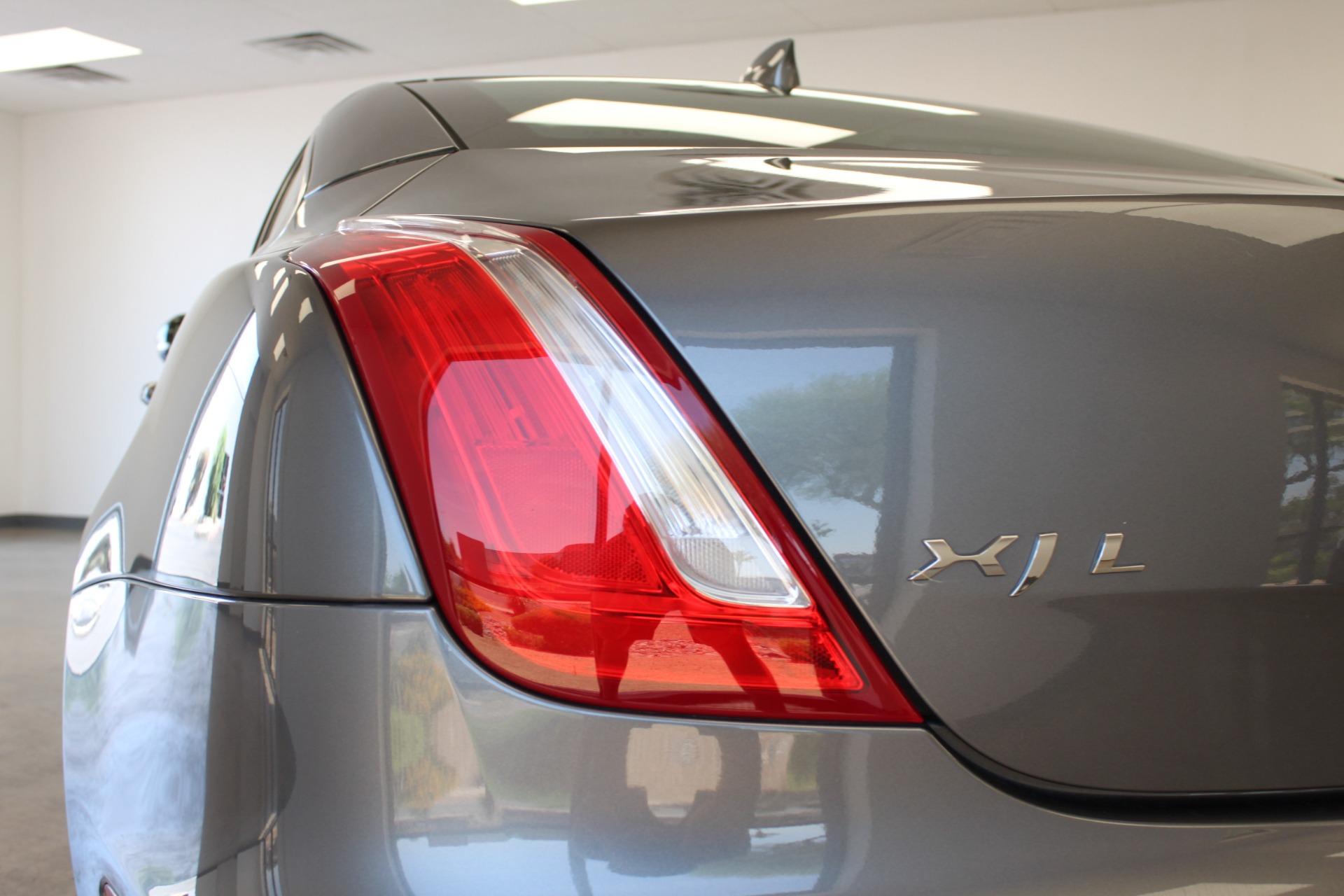 Used-2016-Jaguar-XJ-XJL-Portfolio-Ferrari