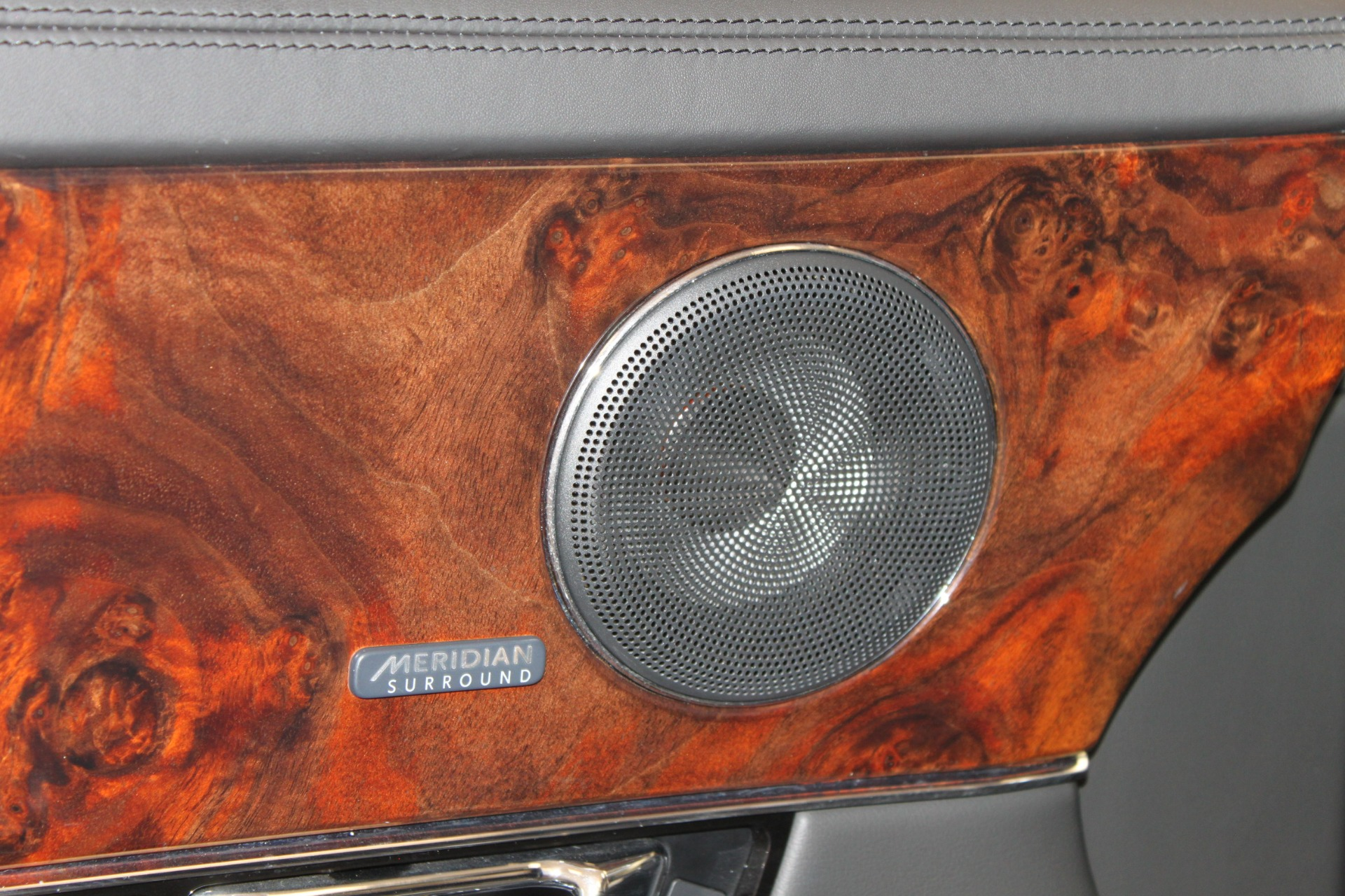 Used-2016-Jaguar-XJ-XJL-Portfolio-Range-Rover