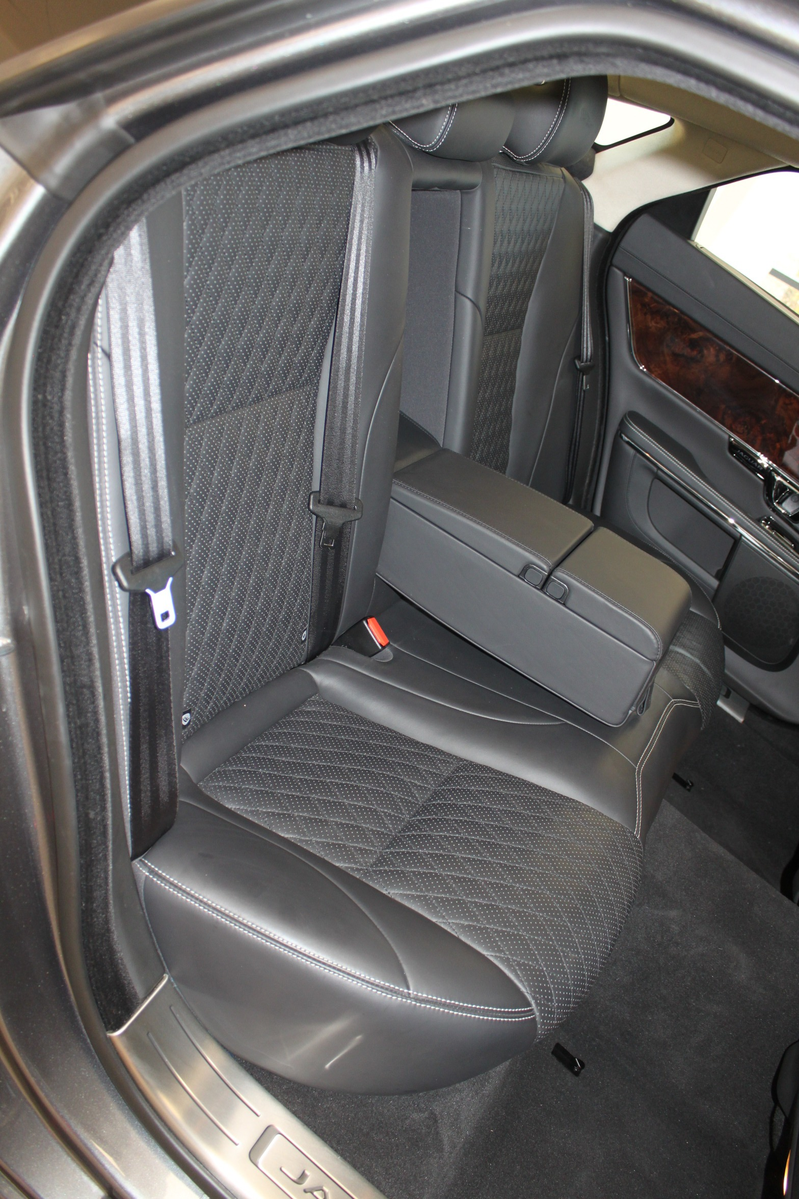Used-2016-Jaguar-XJ-XJL-Portfolio-Land-Rover