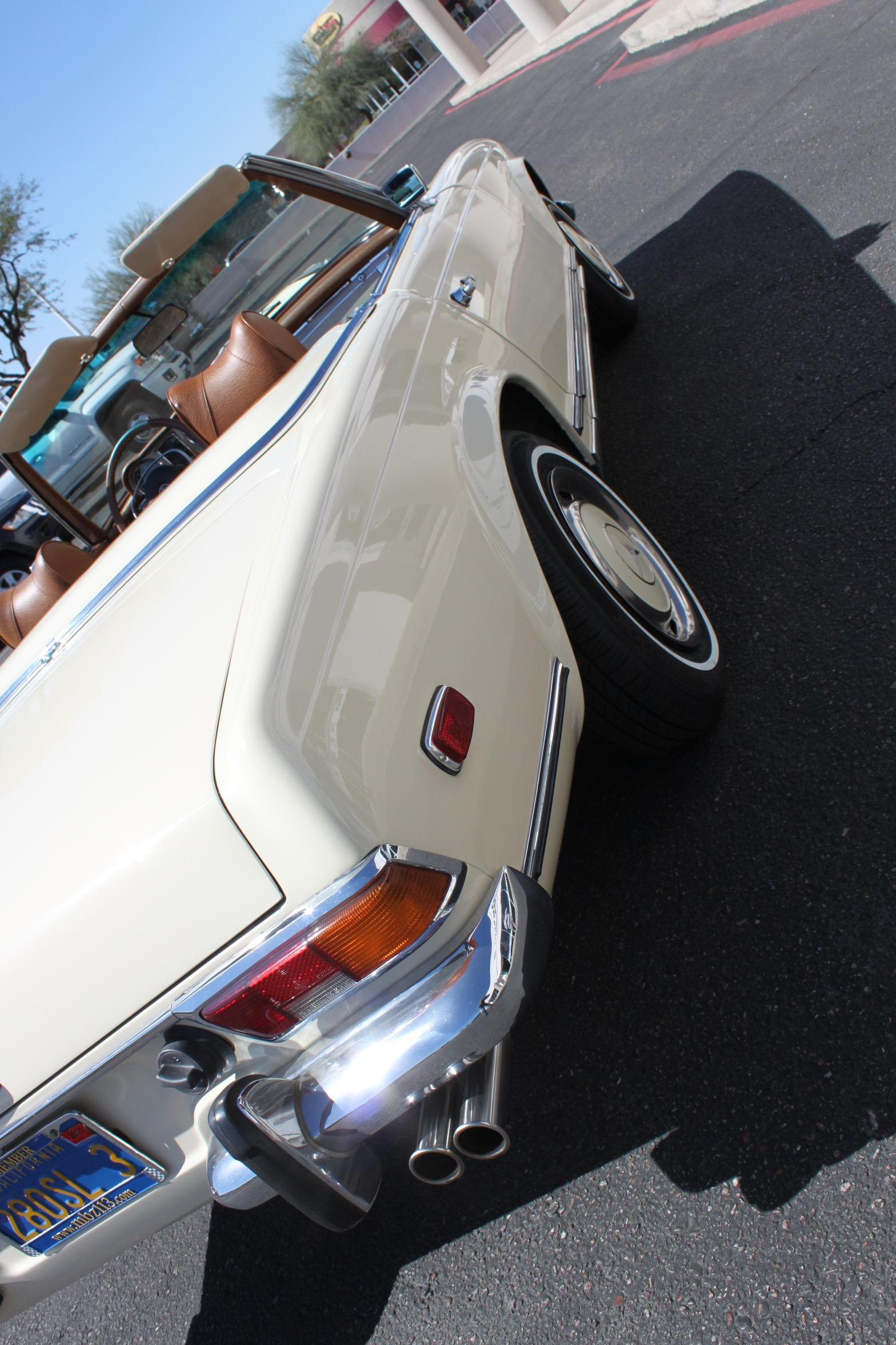 Used-1971-Mercedes-Benz-280SL-Convertible-Collector