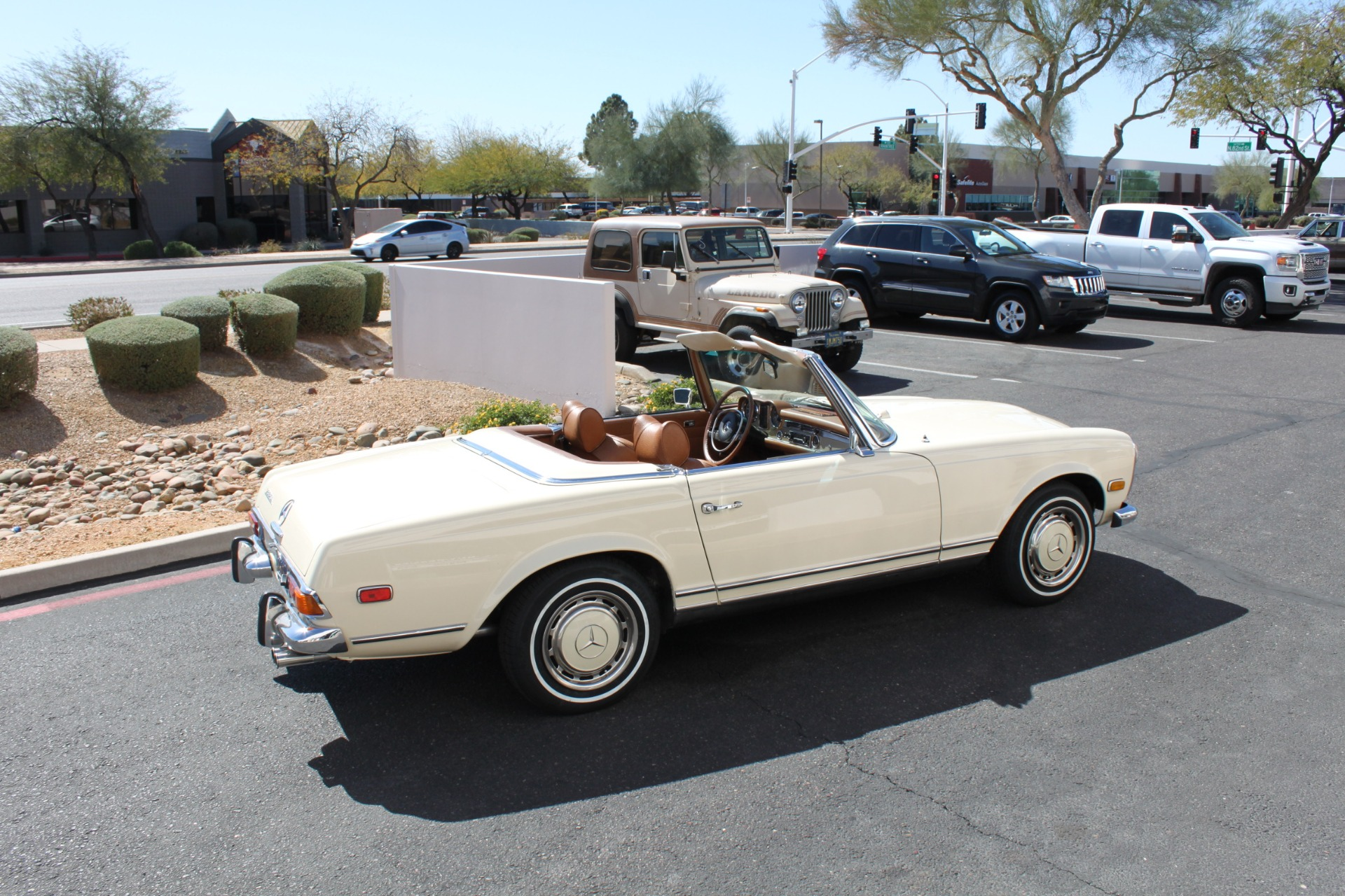 Used-1971-Mercedes-Benz-280SL-Convertible-Wrangler