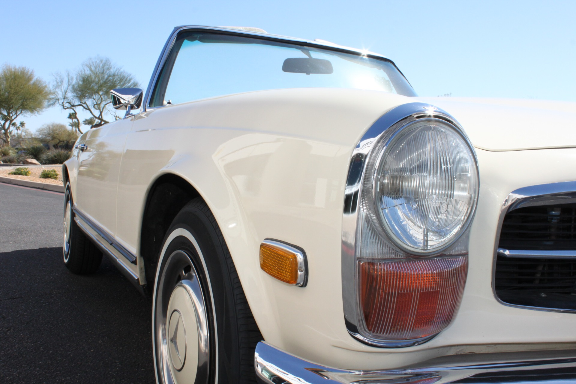Used-1971-Mercedes-Benz-280SL-Convertible-Audi