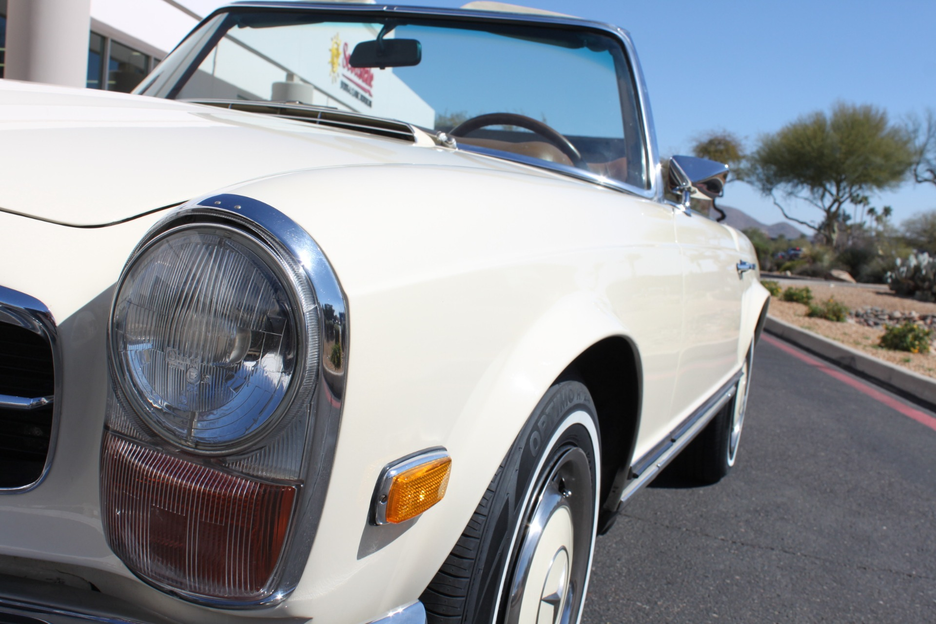 Used-1971-Mercedes-Benz-280SL-Convertible-Acura
