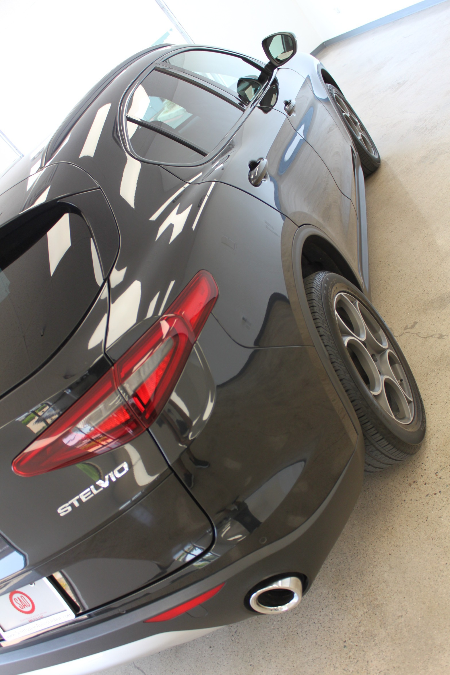 Used-2018-Alfa-Romeo-Stelvio-Sport-AWD-Audi