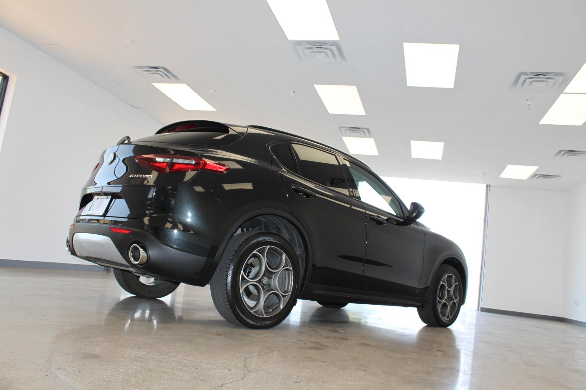 Used-2018-Alfa-Romeo-Stelvio-Sport-AWD-Honda