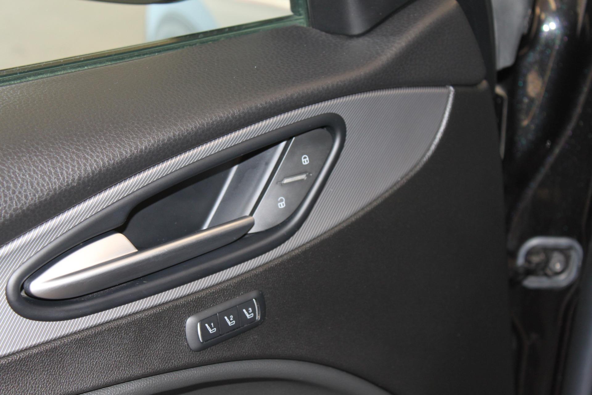 Used-2018-Alfa-Romeo-Stelvio-Sport-AWD-Range-Rover