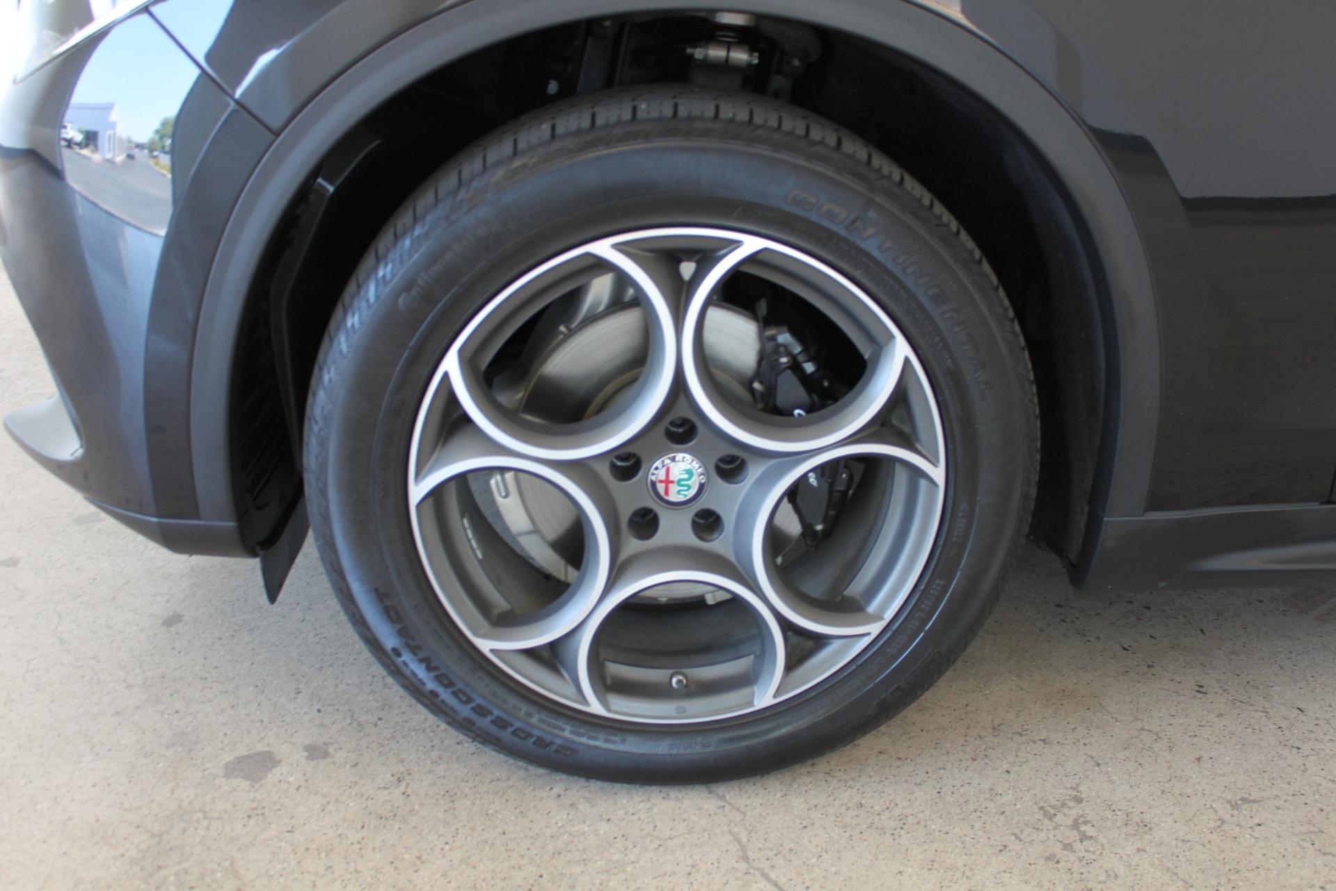 Used-2018-Alfa-Romeo-Stelvio-Sport-AWD-Grand-Wagoneer