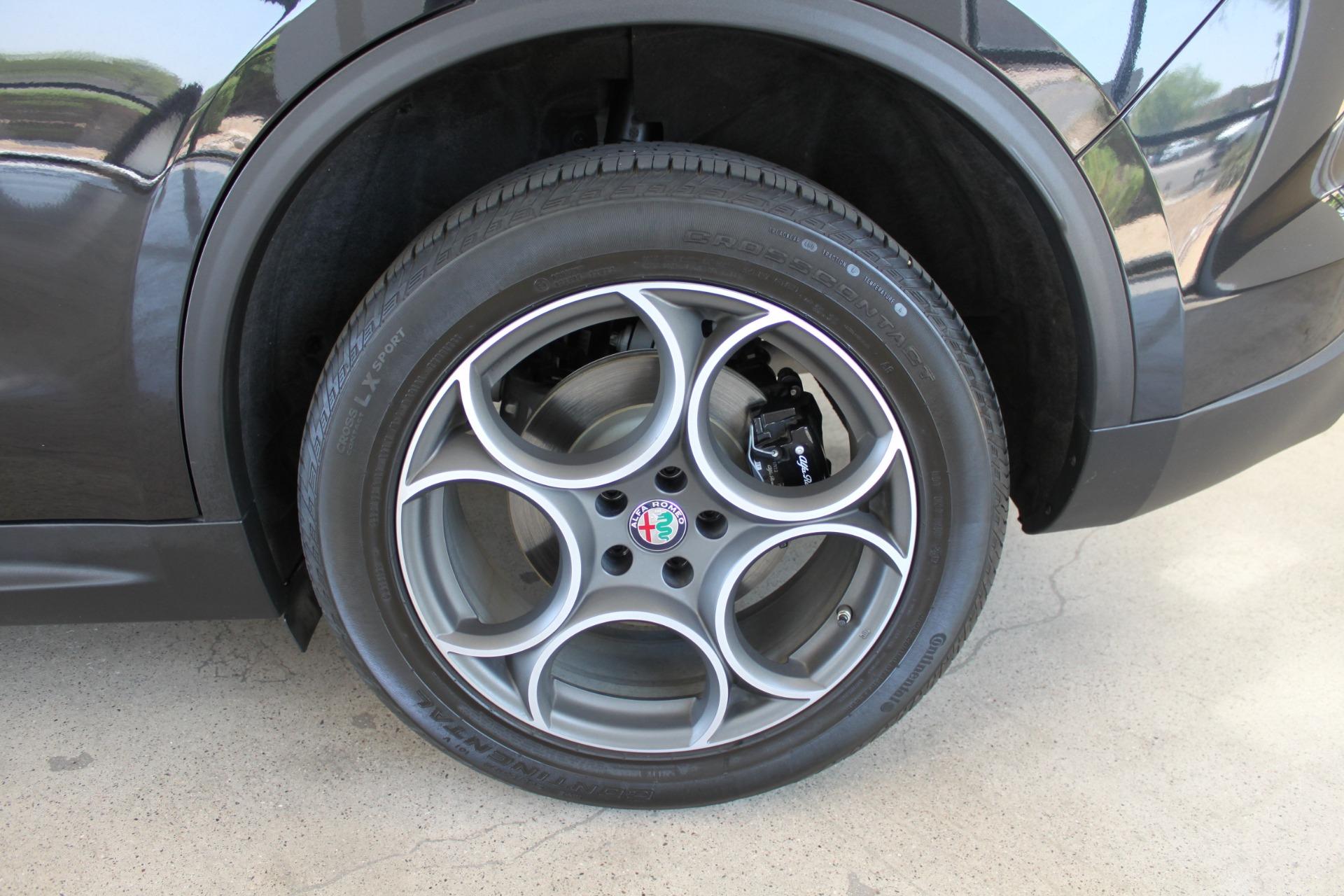 Used-2018-Alfa-Romeo-Stelvio-Sport-AWD-vintage