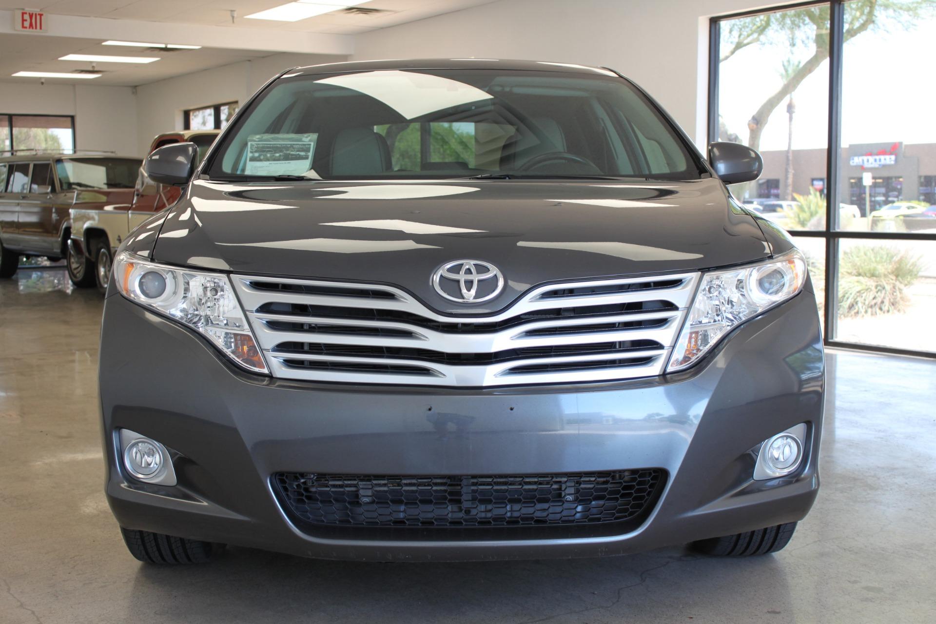 Used-2009-Toyota-Venza-SE-AWD-Grand-Cherokee