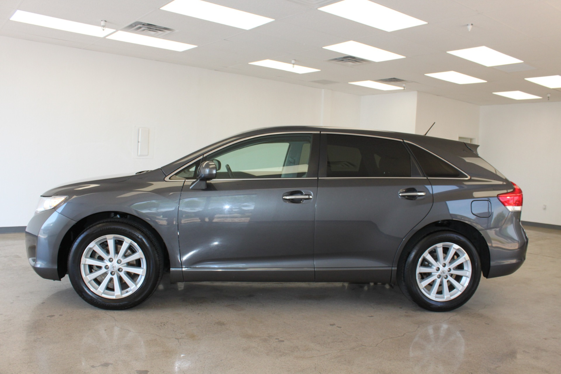 Used-2009-Toyota-Venza-SE-AWD-Ford