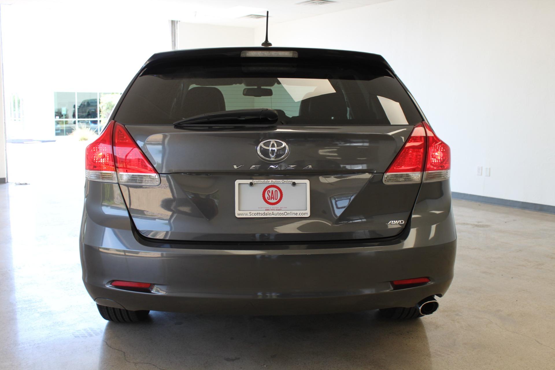Used-2009-Toyota-Venza-SE-AWD-Mopar