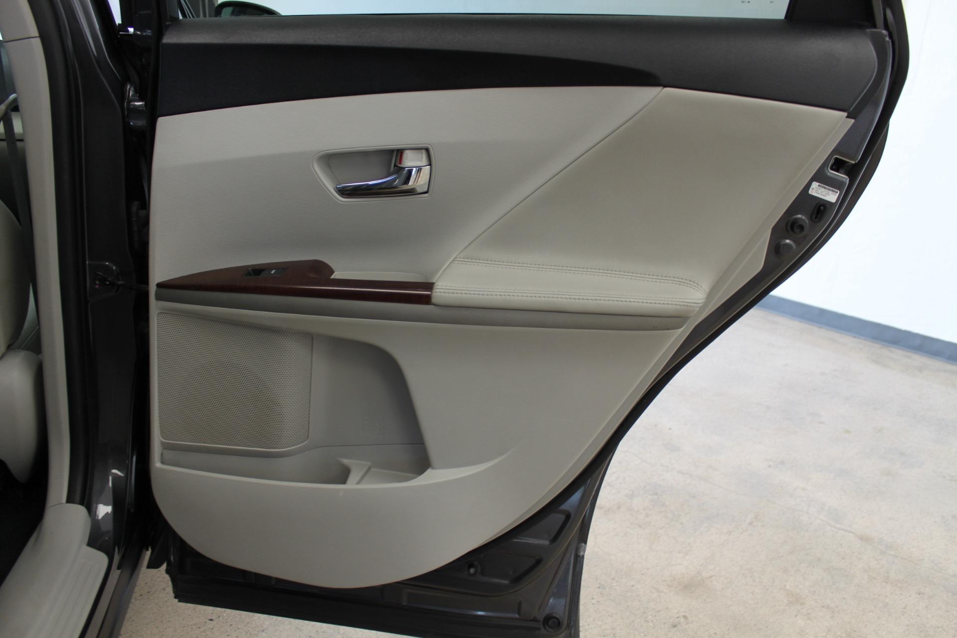Used-2009-Toyota-Venza-SE-AWD-Alfa-Romeo