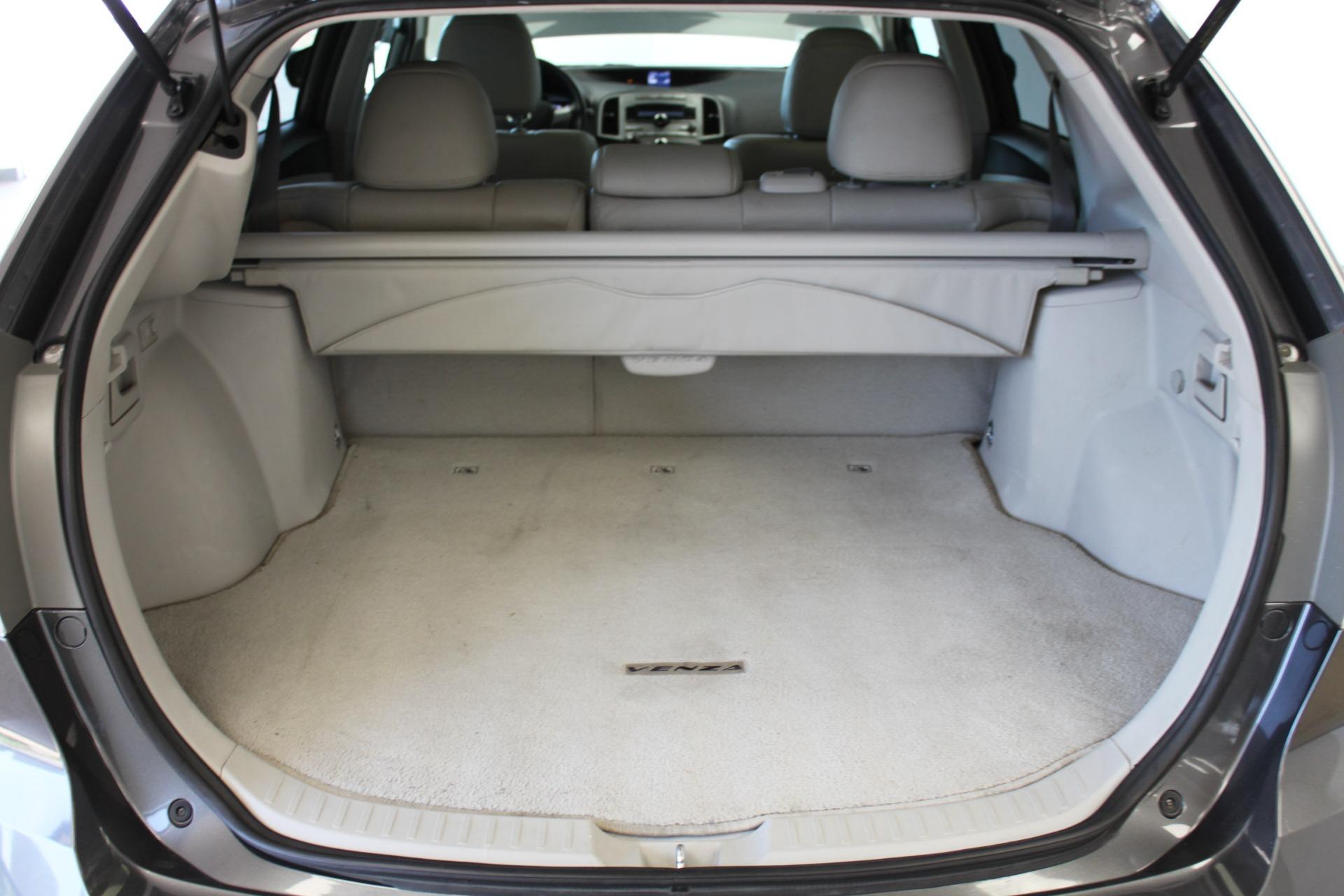 Used-2009-Toyota-Venza-SE-AWD-Mini