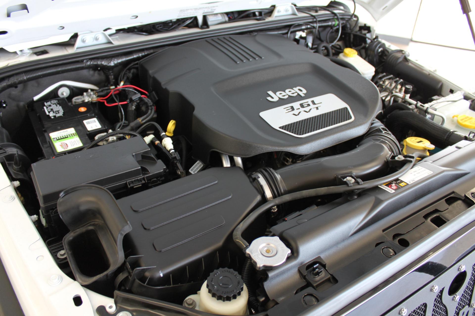 Used-2013-Jeep-Wrangler-Sport-4X4-Honda