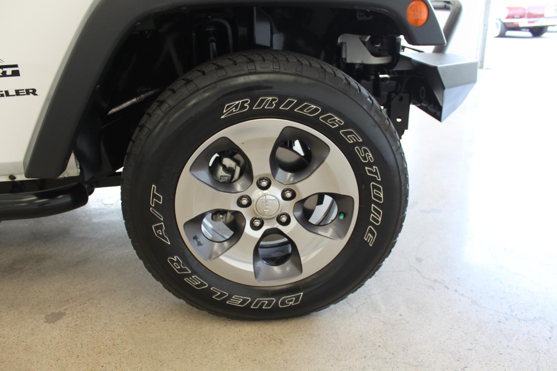 Used-2013-Jeep-Wrangler-Sport-4X4-Tesla