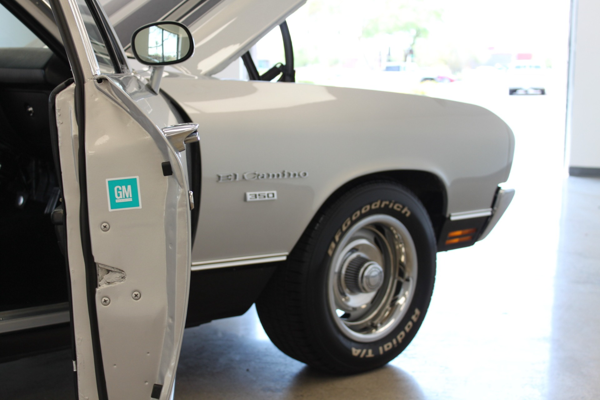 Used-1970-Chevrolet-El-Camino-Custom-350-ci-Land-Rover