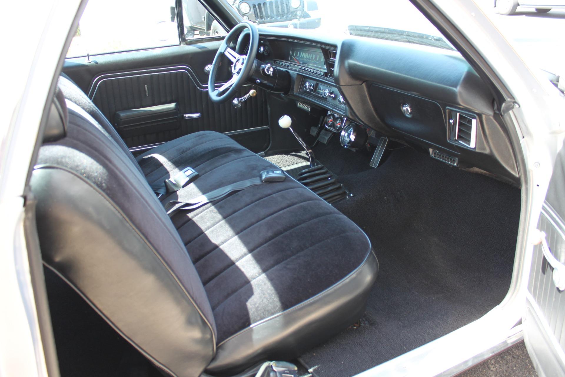 Used-1970-Chevrolet-El-Camino-Custom-350-ci-vintage