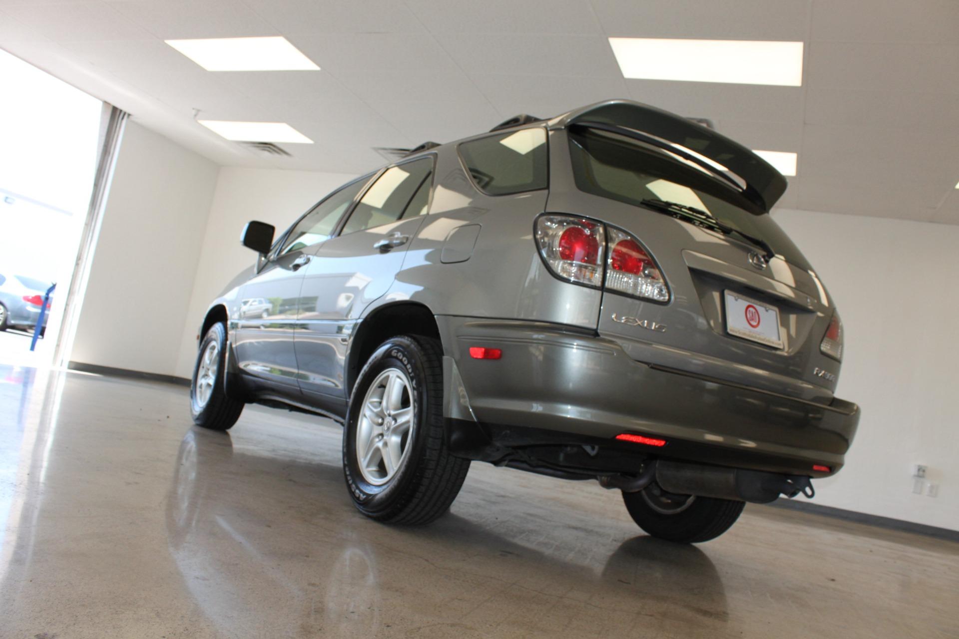 Used-2002-Lexus-RX-300-Chevrolet