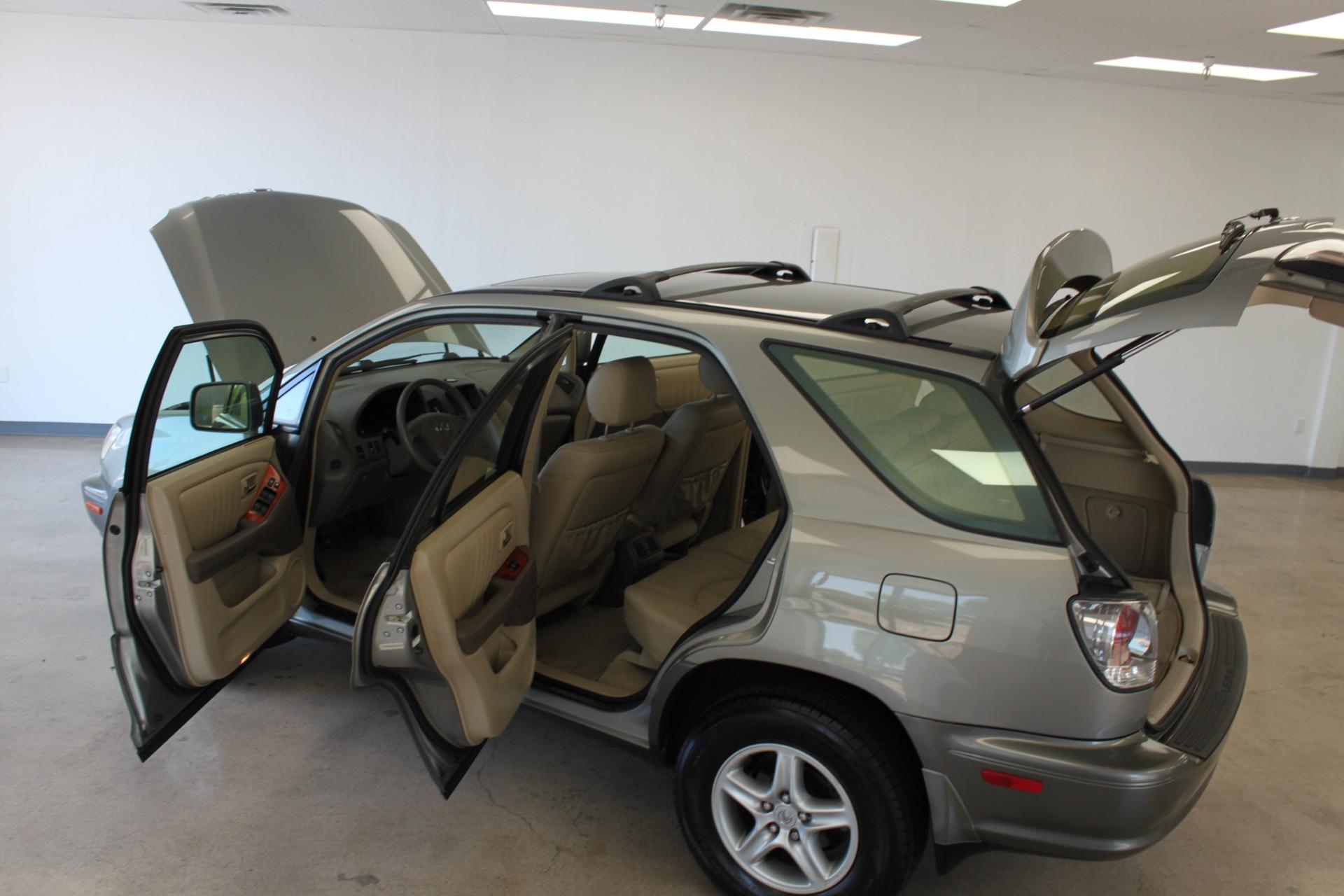 Used-2002-Lexus-RX-300-LS400